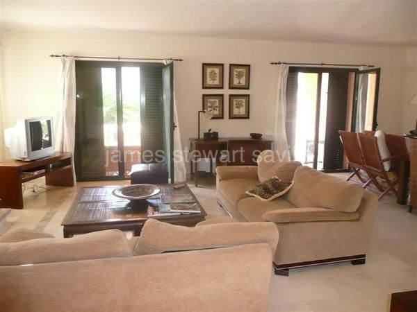 Semi Detached House for sale in Sotogrande