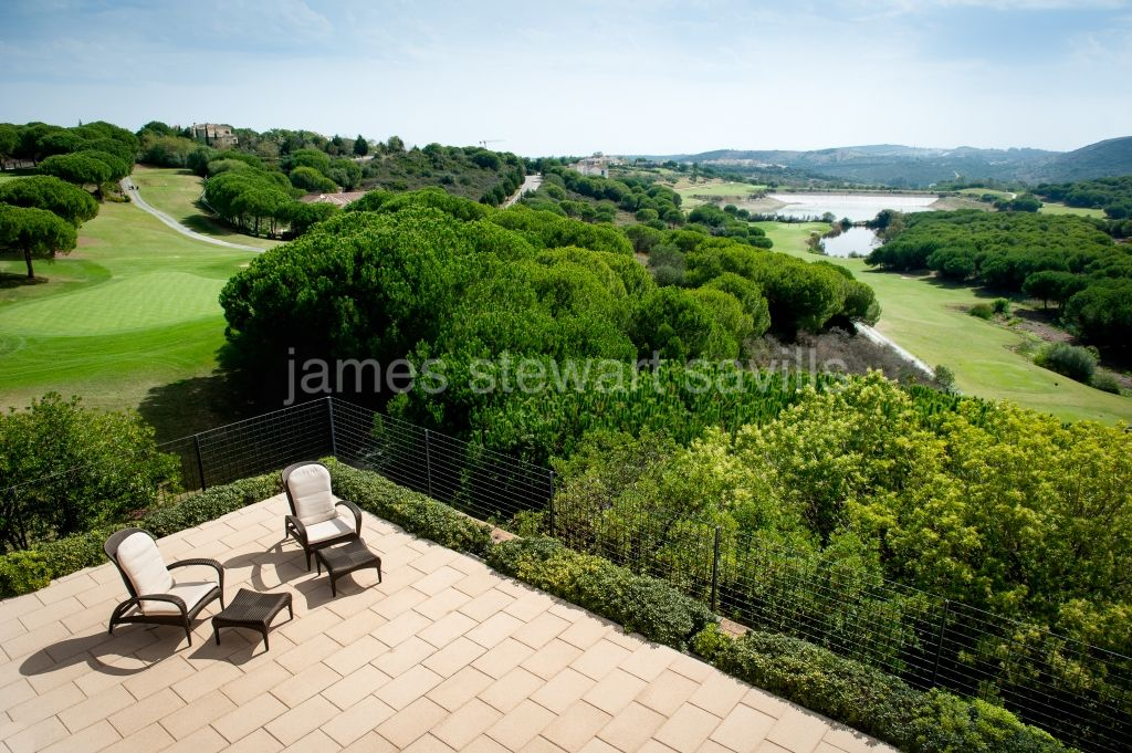 Villa for sale in Las Cimas, Sotogrande