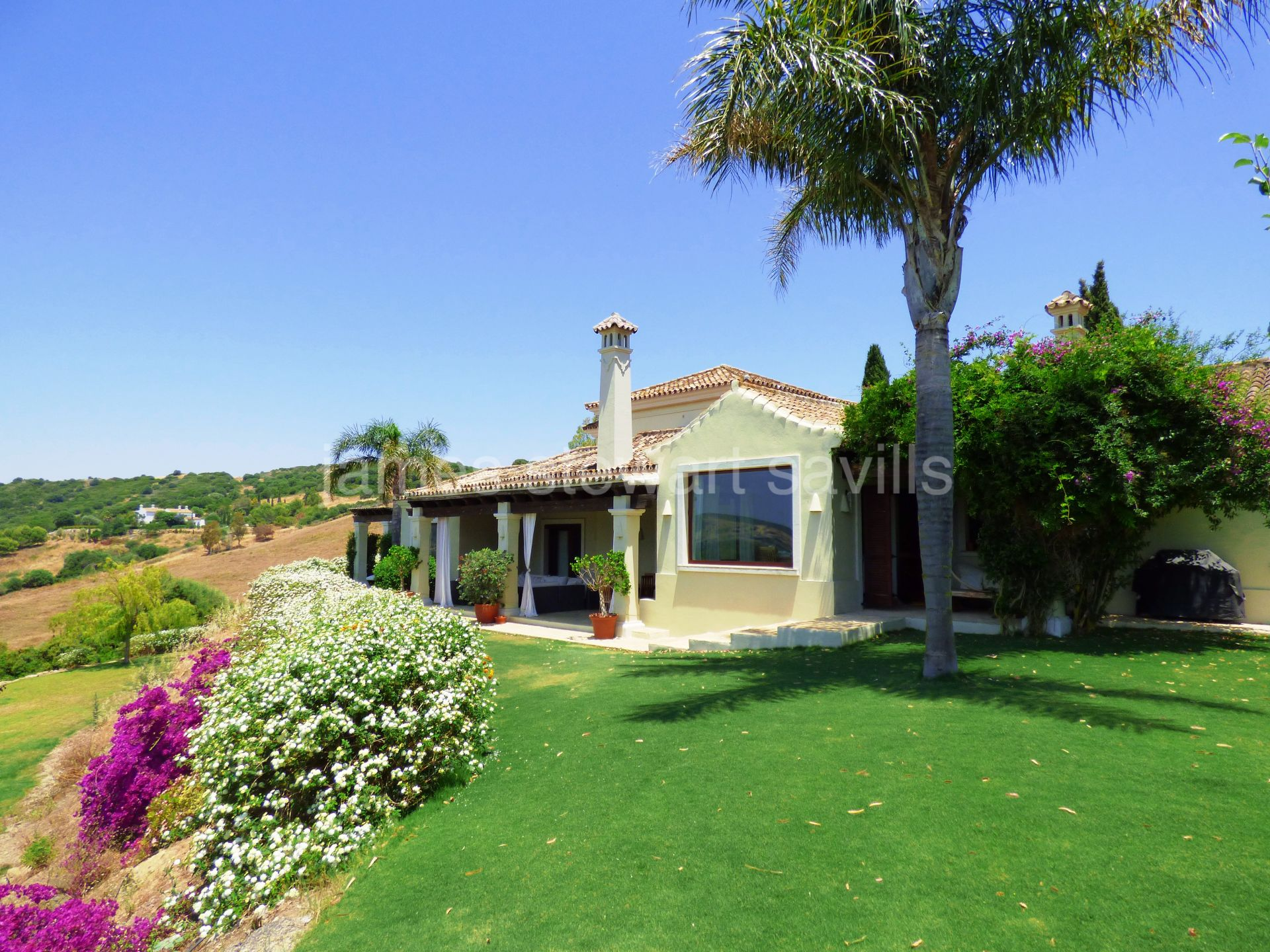 Finca for sale in San Enrique de Guadiaro
