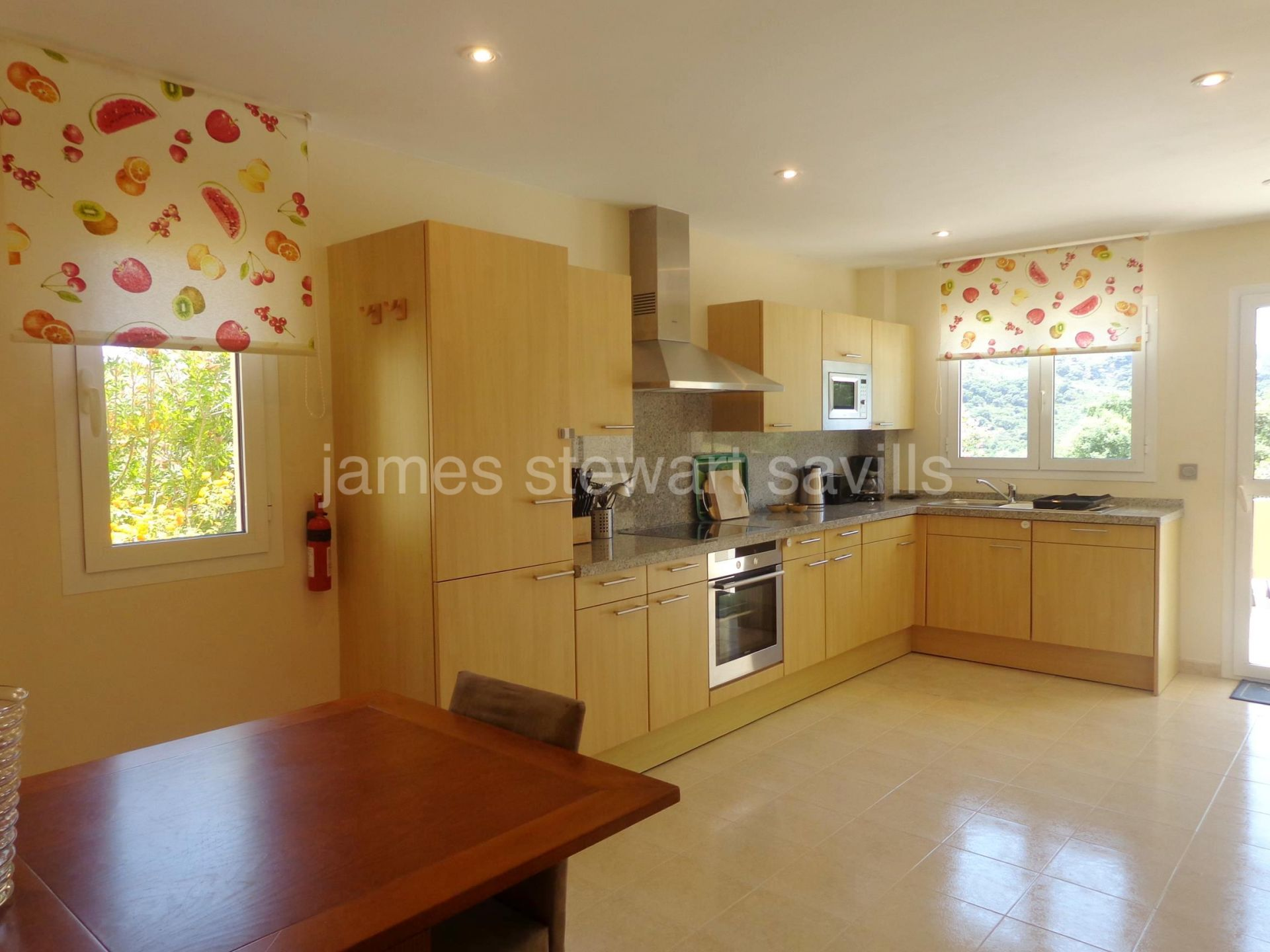 Lovely 3 bedroom garden apartment with private heated pool