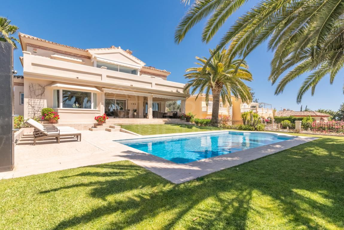 Meticulously refurbished west facing villa with golf views for sale in Los Naranjos Golf, Nueva Andalucia, Marbella
