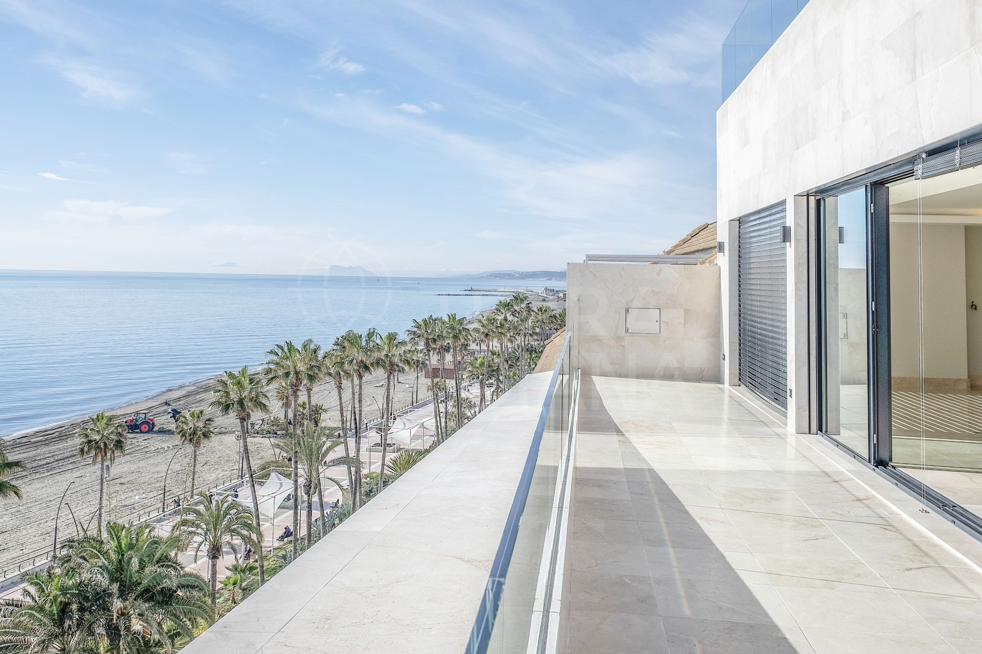 Seafront luxurious penthouse with large solarium, jacuzzi and boundless sea views for sale in Santa Ana, Estepona centre