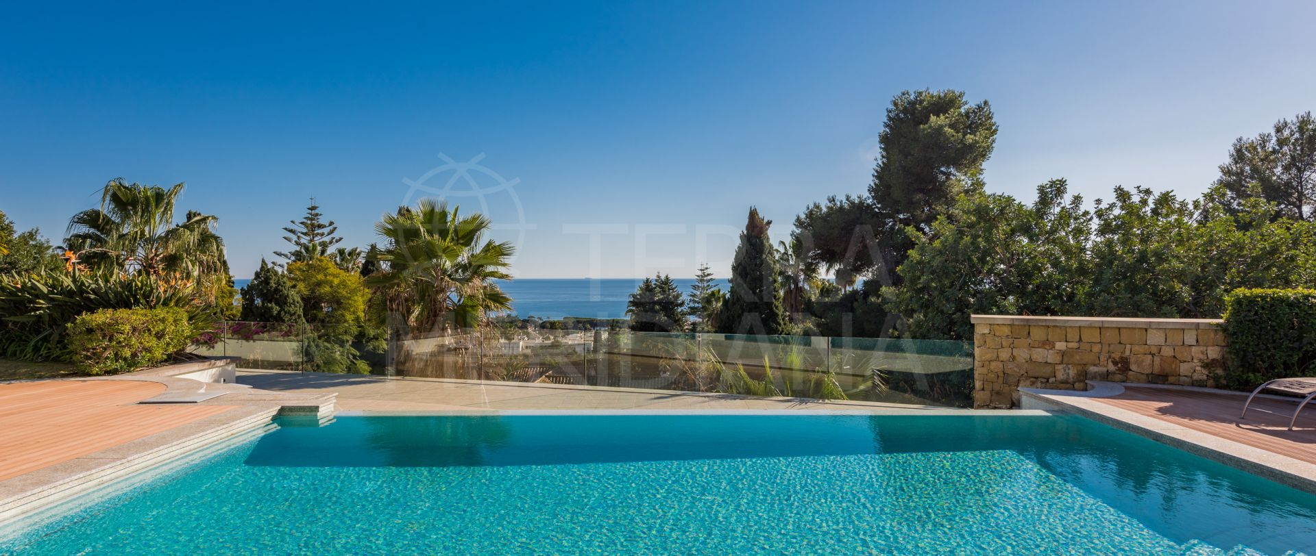 Stunning villa with panoramic sea views for sale, Marbella Golden Mile