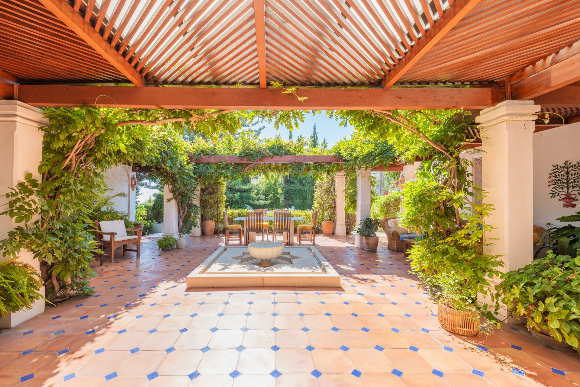 Spacious Andalusian style villa in the quintessential neighbourhood of La Carolina, Marbella Golden Mile