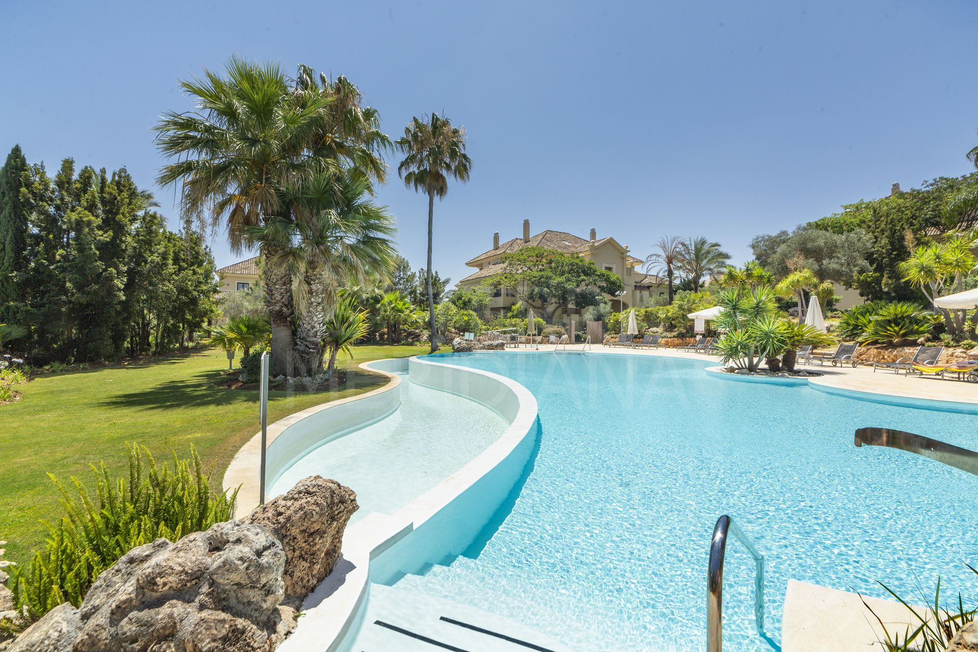 Upgraded luxury ground floor apartment with large terrace for sale in Valgrande, Sotogrande