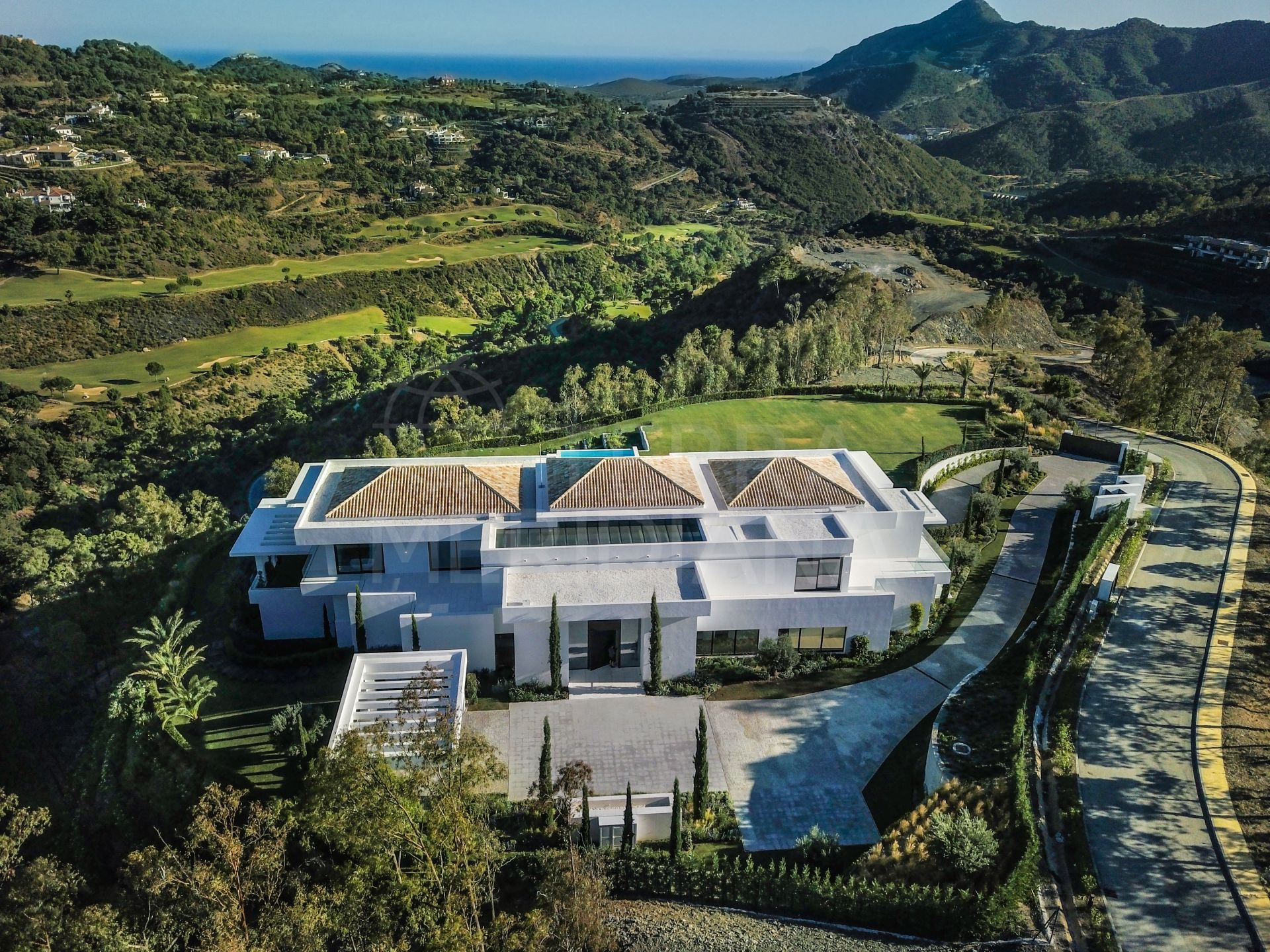 Impressive contemporary Villa for sale in La Zagaleta for Sale with panoramic sea views