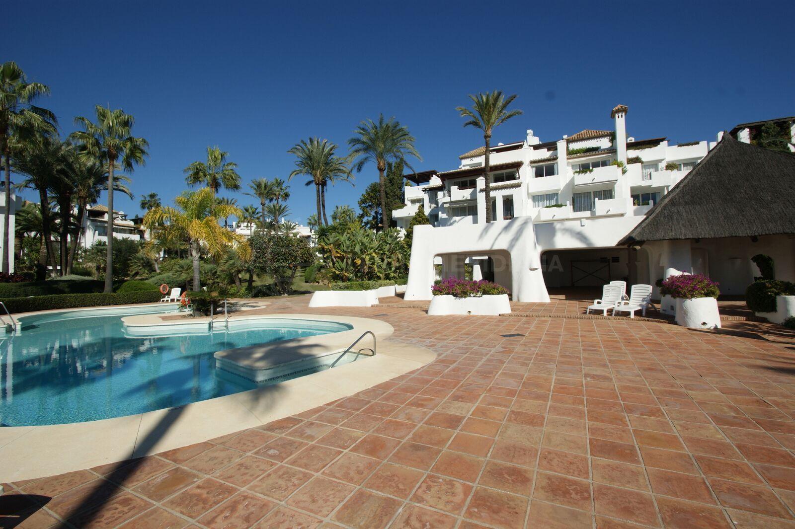 Apartamento planta baja en venta en alcazaba beach estepona - Apartamentos en venta en estepona ...