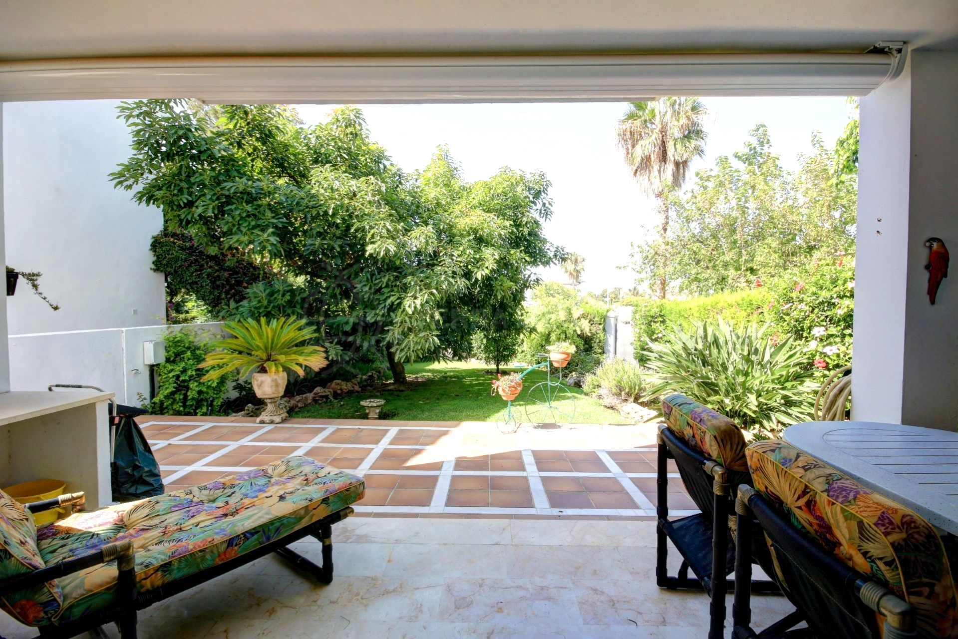 Large Townhouse For Sale In Superb Location Walking Distance To  # Muebles Haus San Pedro