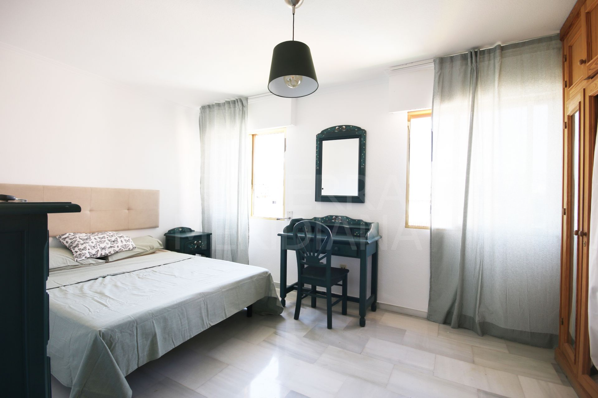 Frontline beach apartment for long term rent in Estepona ...