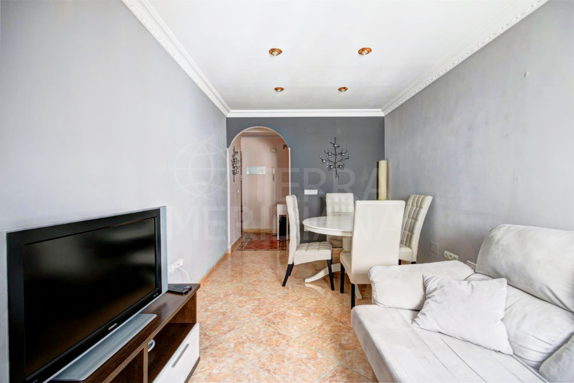 3 bedroom apartment for sale in the center of Estepona with lift