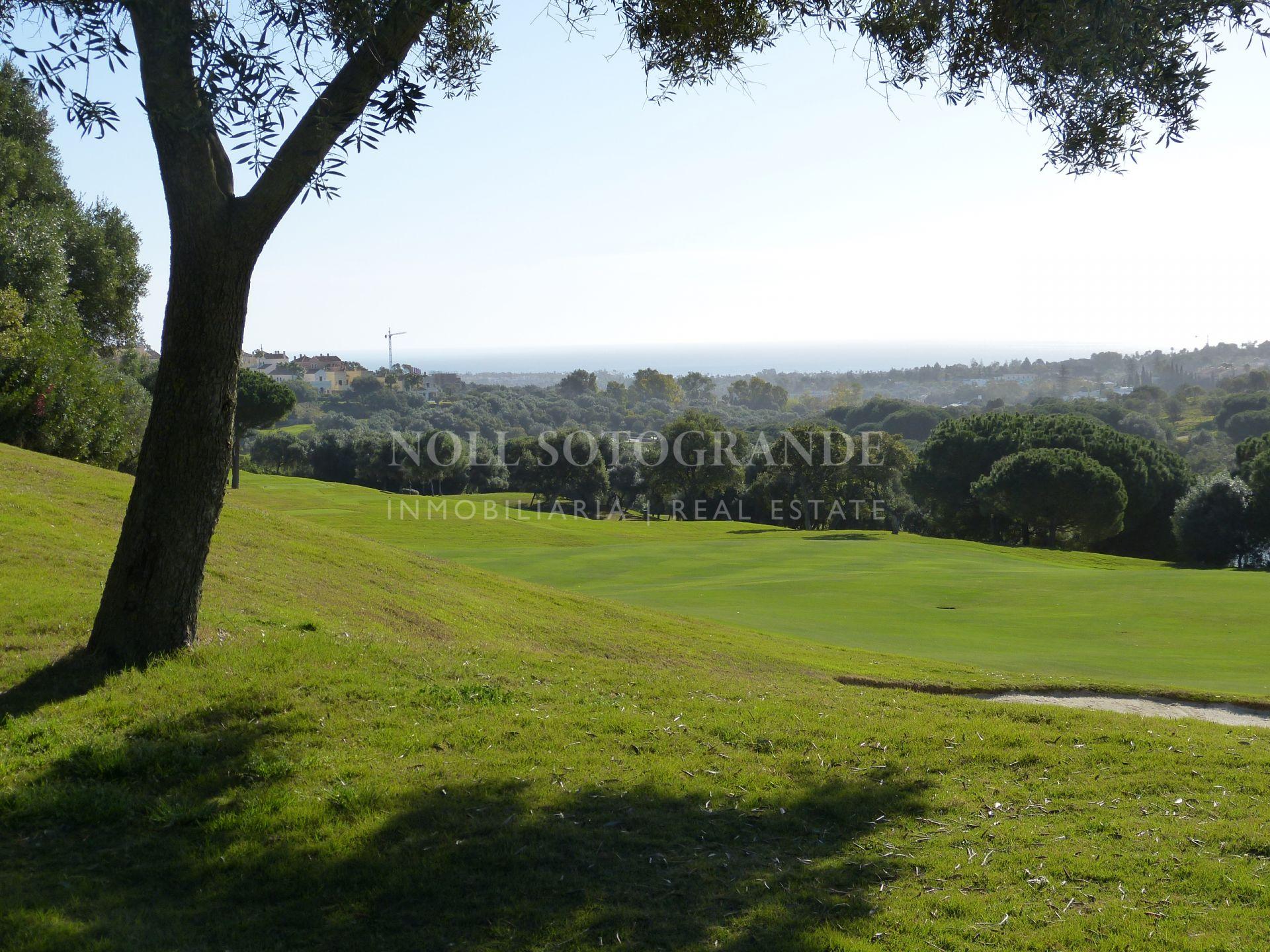 Parcela en venta en La Reserva de Sotogrande primera linea de golf