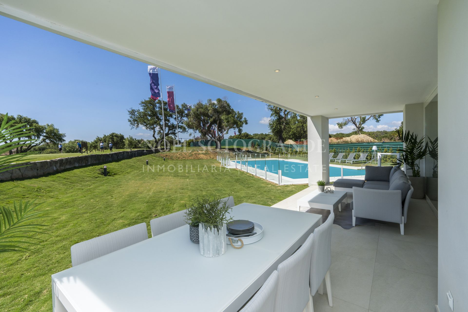 Opportunity to buy an off-plan duplex apartment at San Roque Club