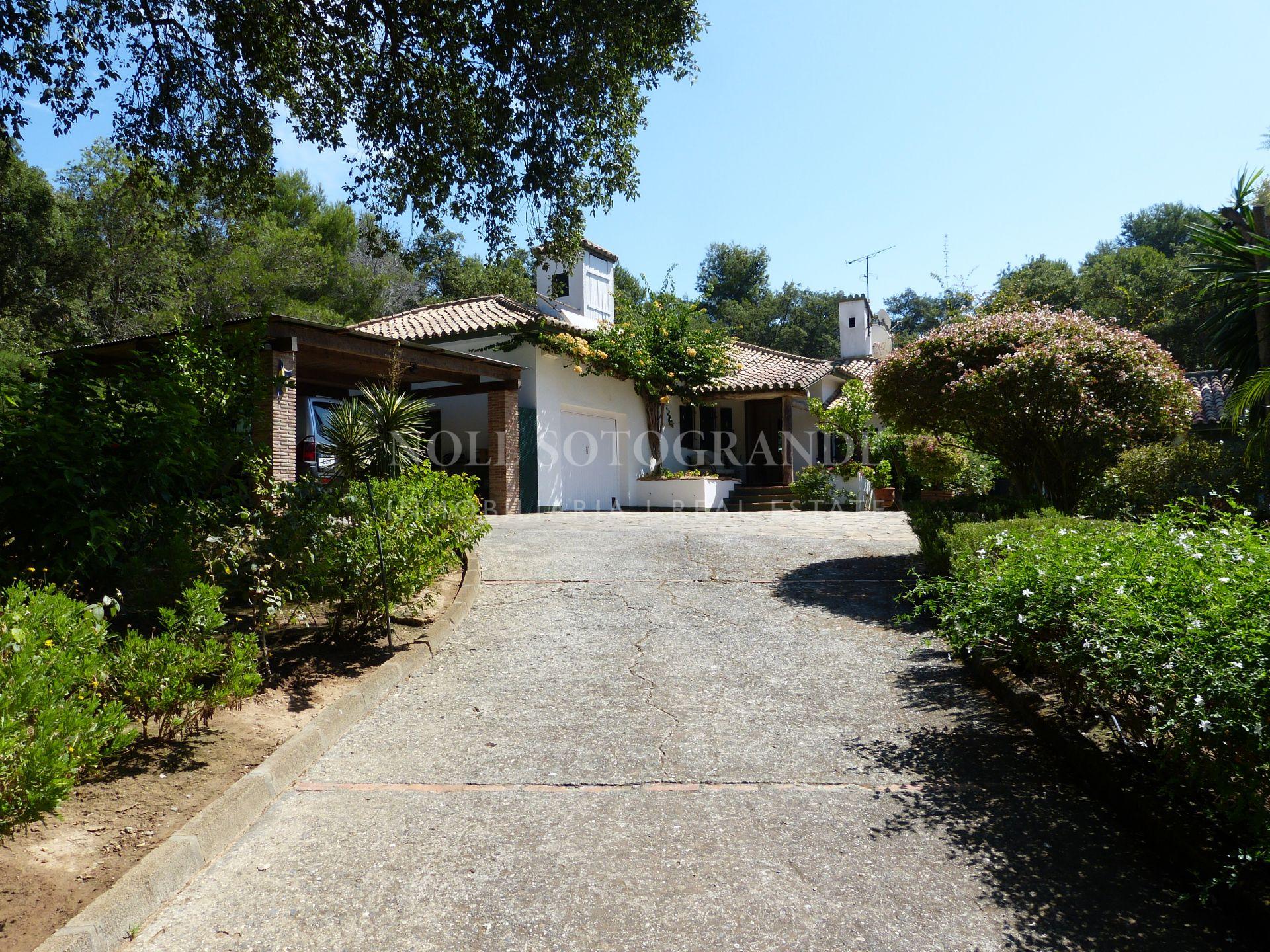Traditional home for sale onto Valderrama Golf Course
