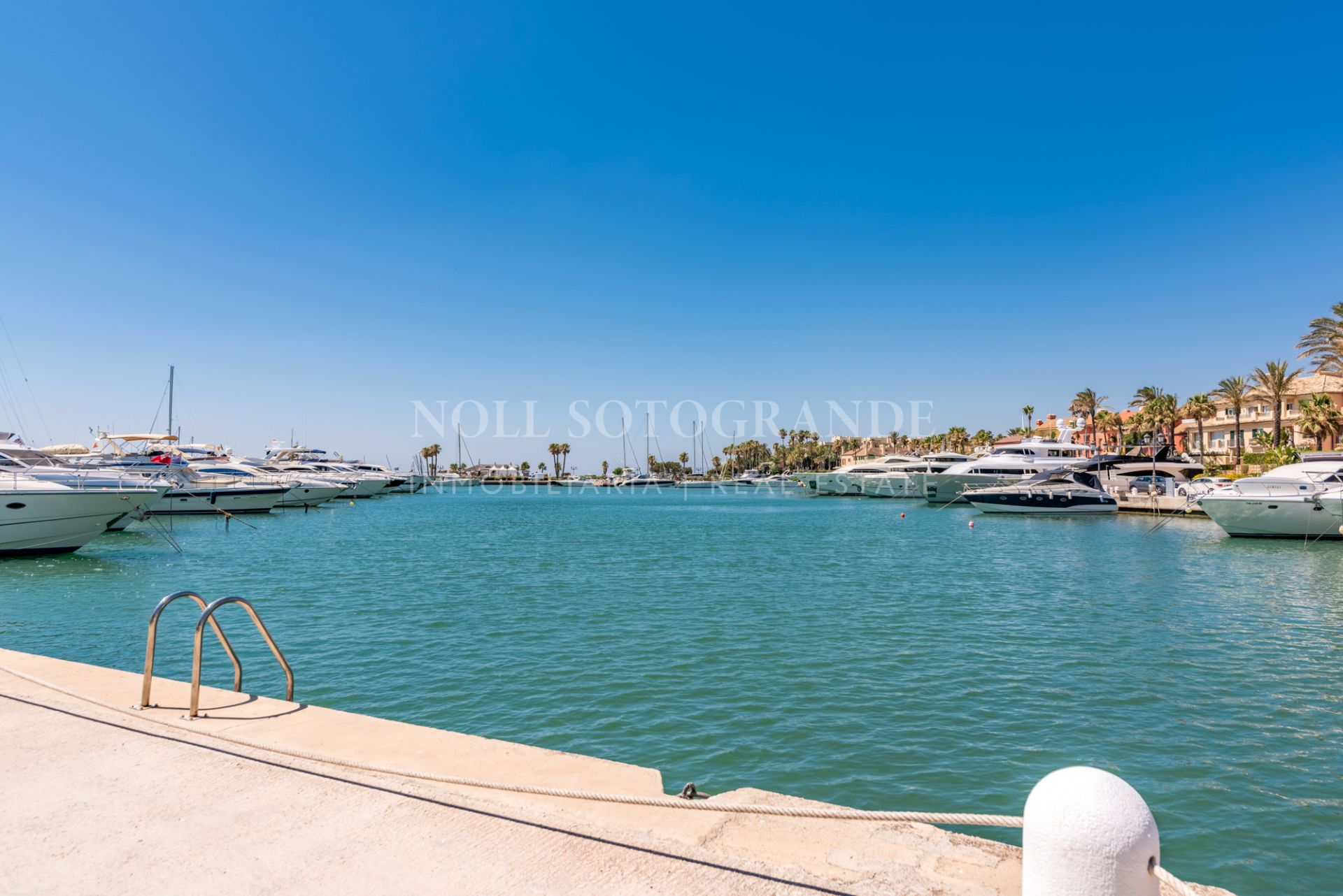 Refurbished front line beach apartment Puerto Sotogrande