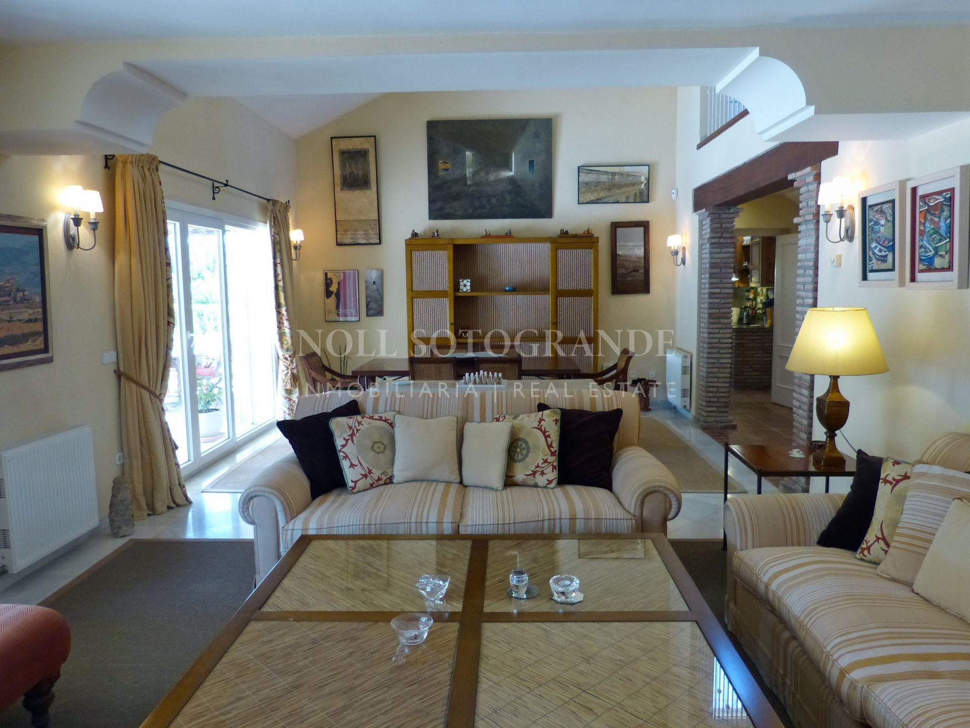 Villa muy bien mantenida en venta Sotogrande Costa
