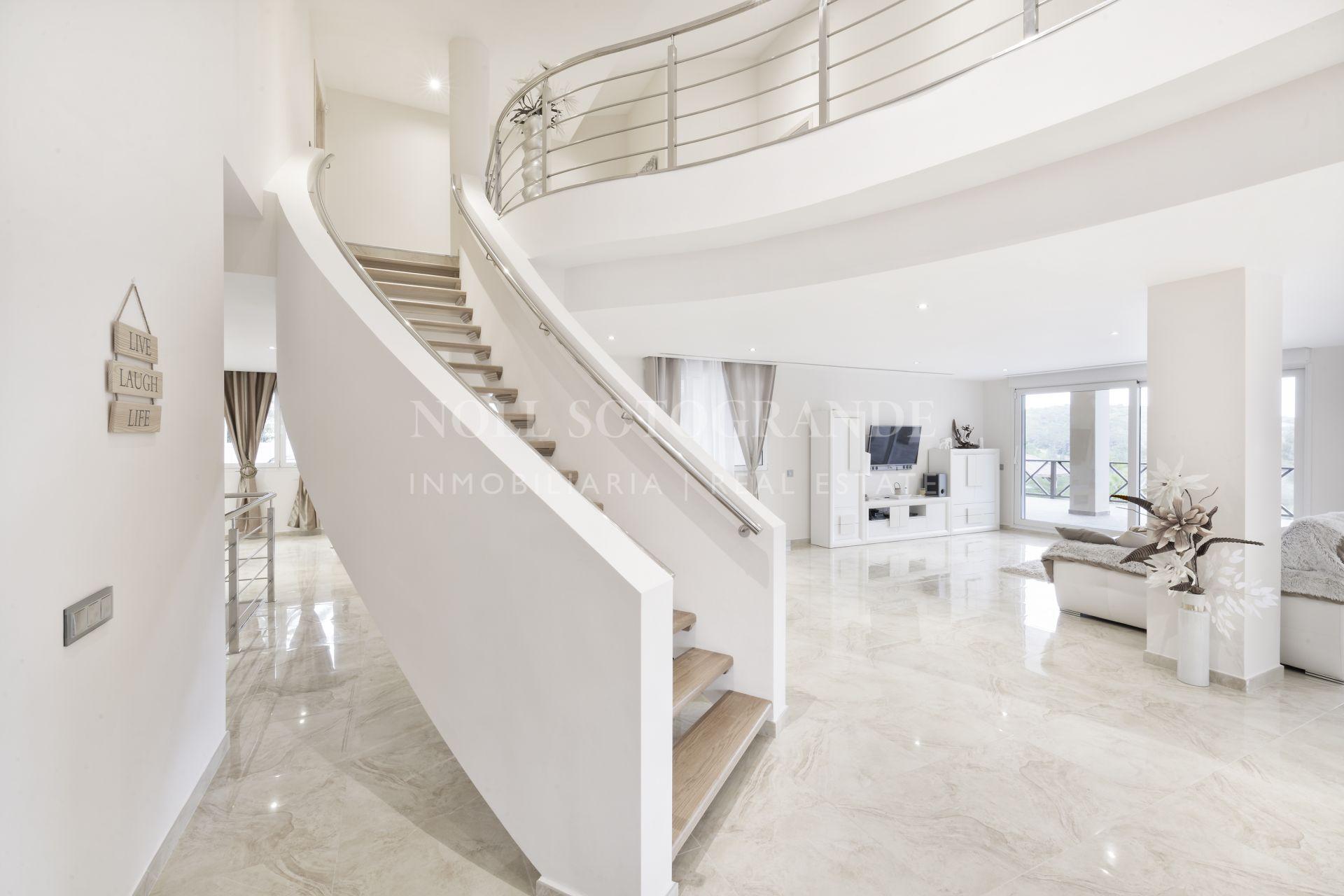 Moderne Villa zum Verkauf in La Reserva Sotogrande