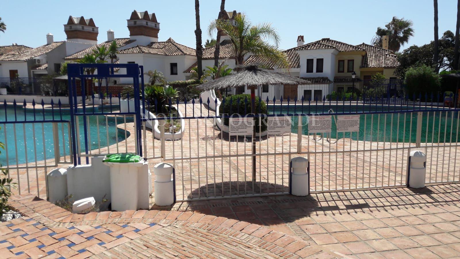 Loma Del Rey townhouse for sale in Alcaidesa