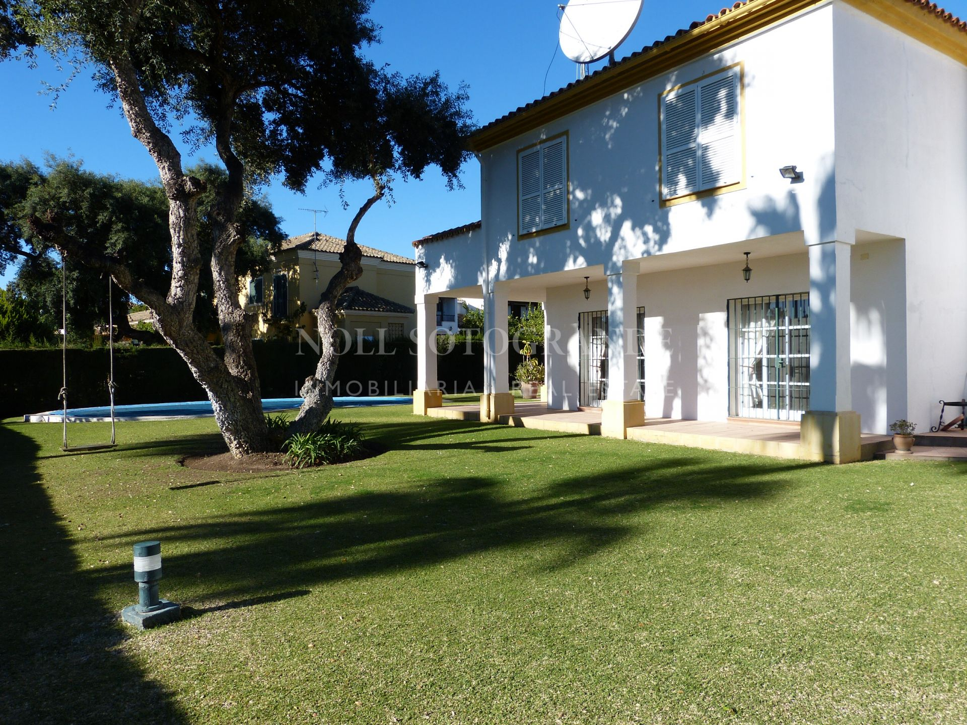 Very well maintained villa for sale Sotogrande Costa Central