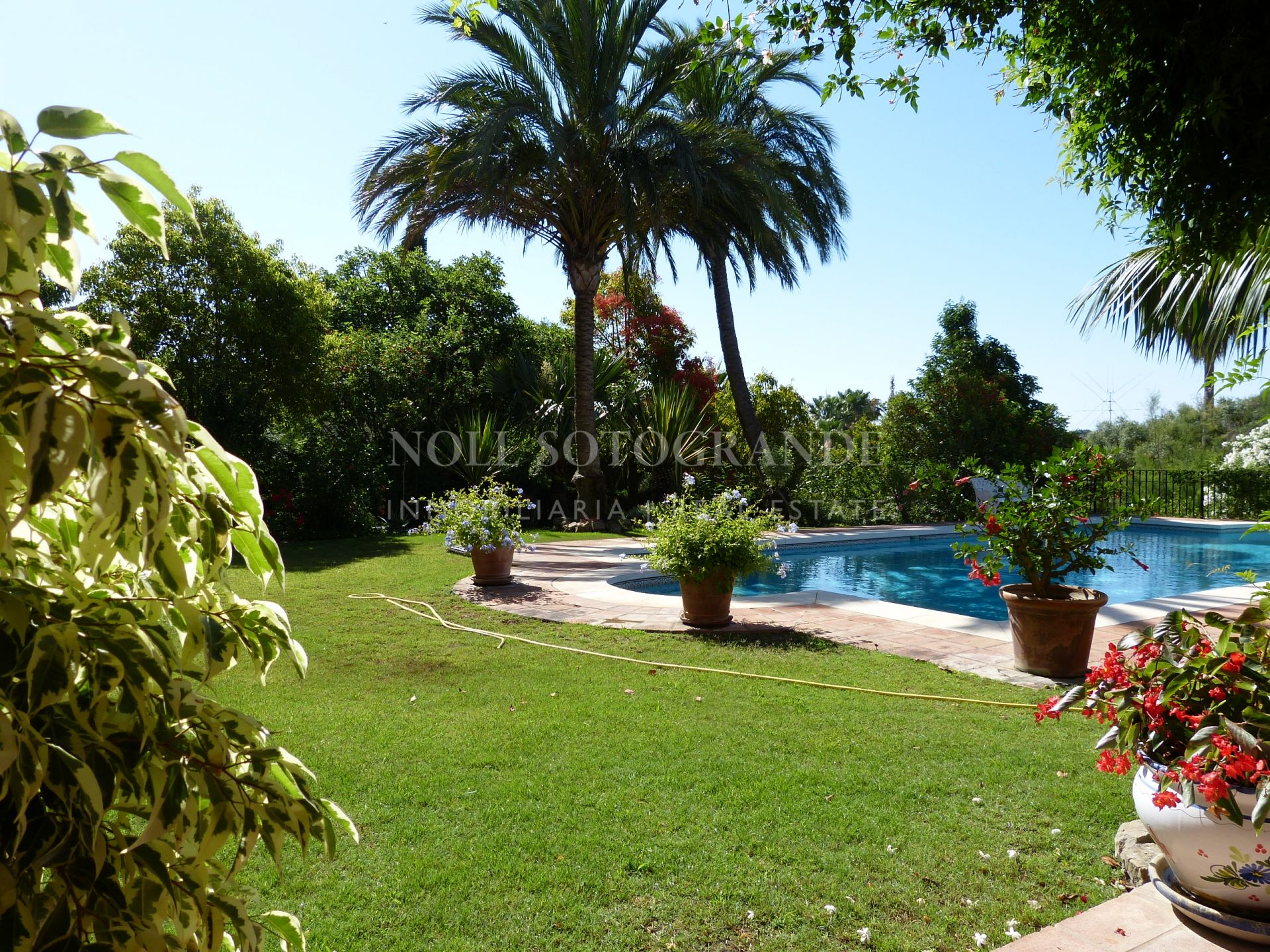 Very charming south facing villa for sale Sotogrande Alto