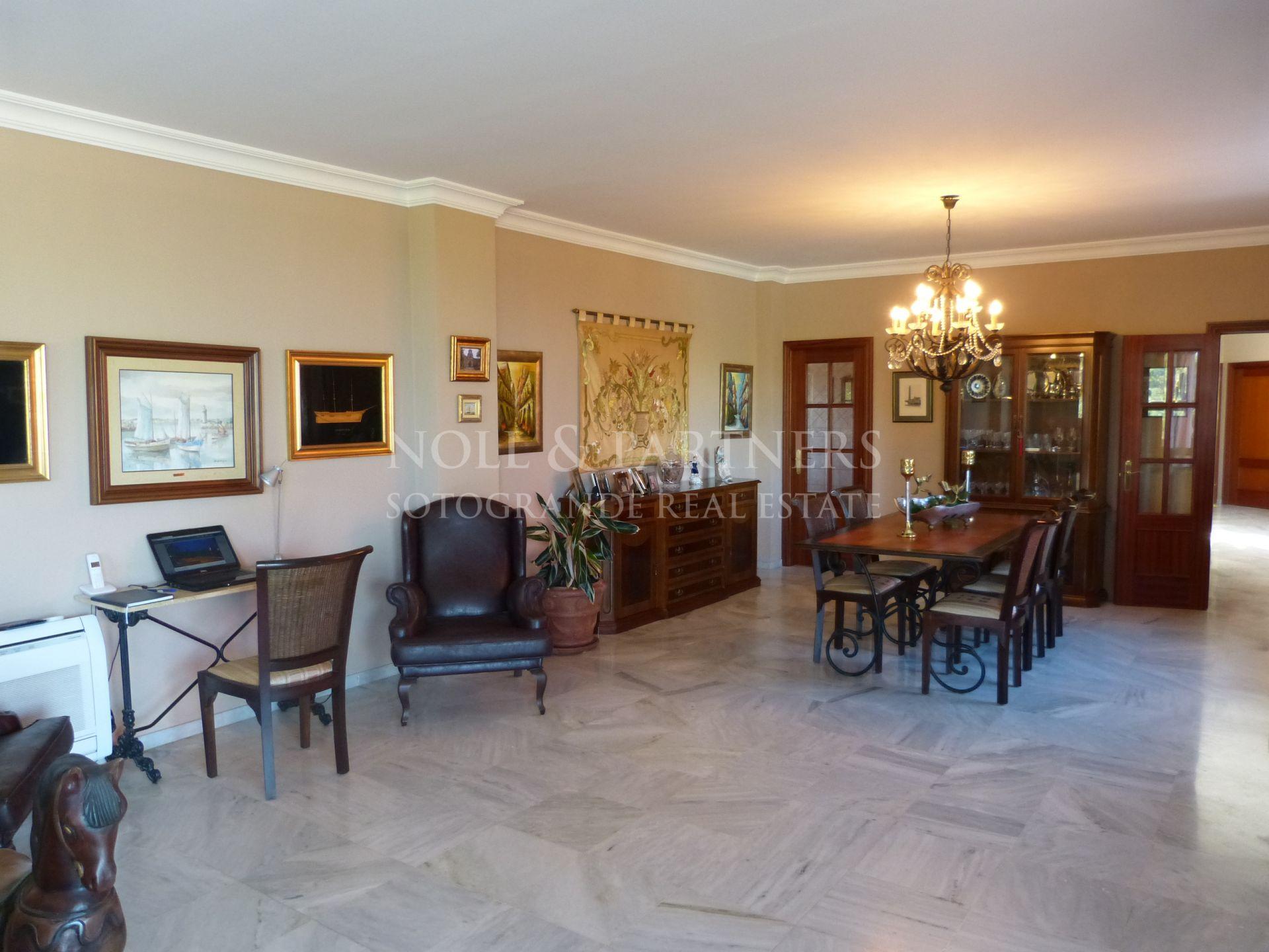 Moderne Villa mit traditionellem Interior Sotogrande Alto
