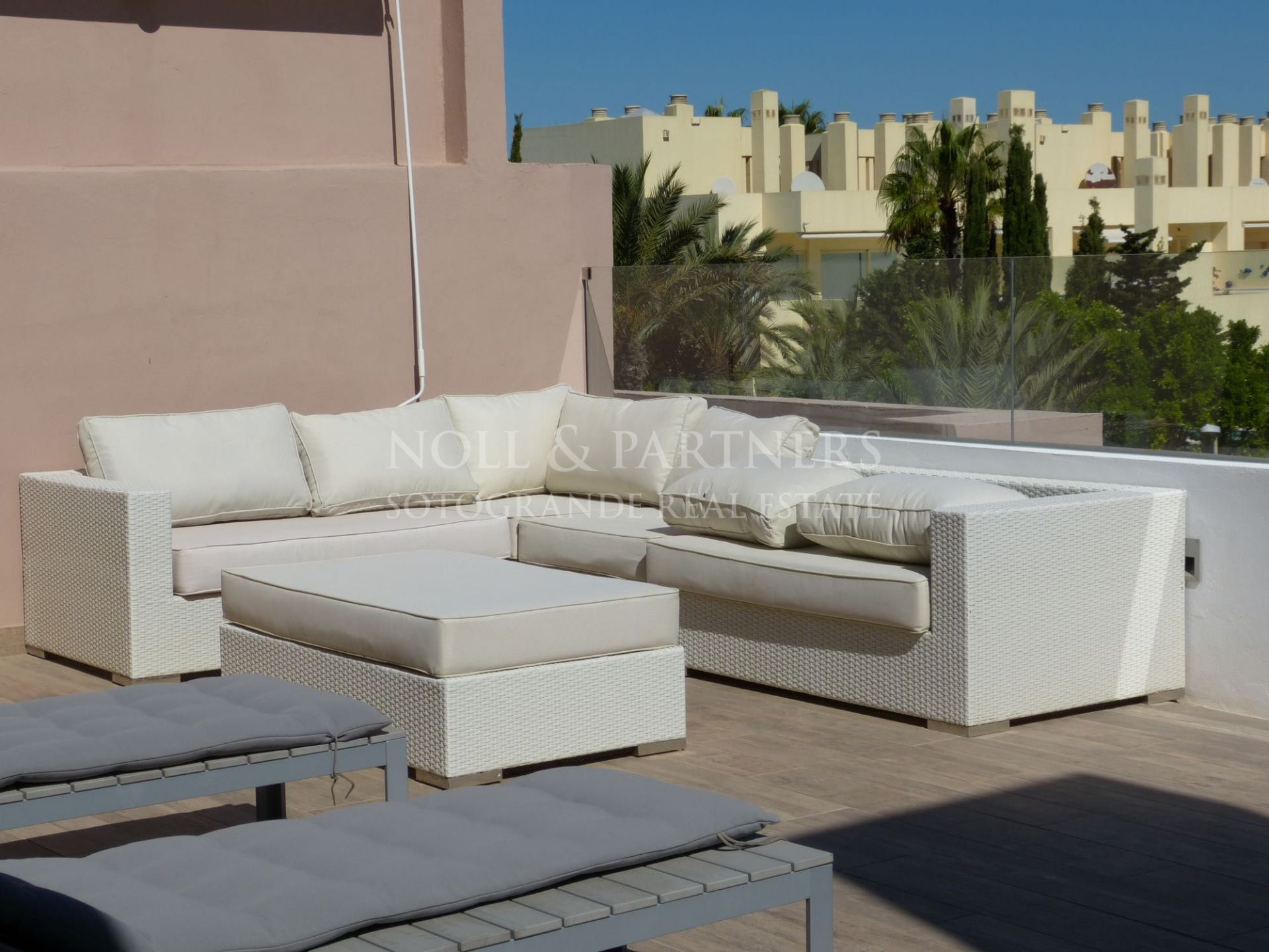 Sotogrande Beach Penthouse for Holiday Rental