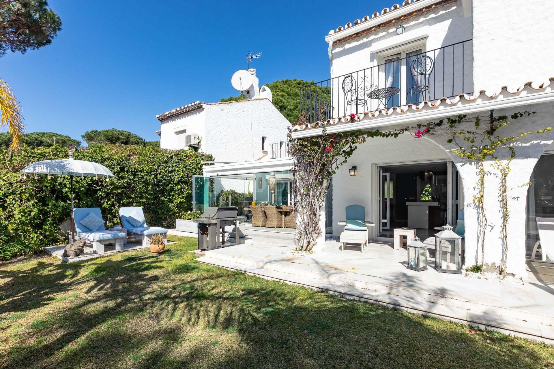 Villa  en Benamara, Estepona