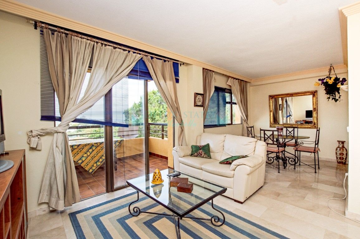 Apartment for sale in Las Chapas, Marbella East