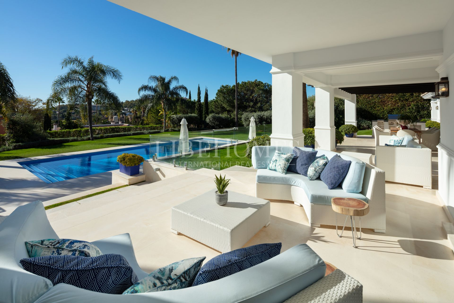 Stunning, fully renovated villa in La Cerquilla, Golf Valley, Marbella