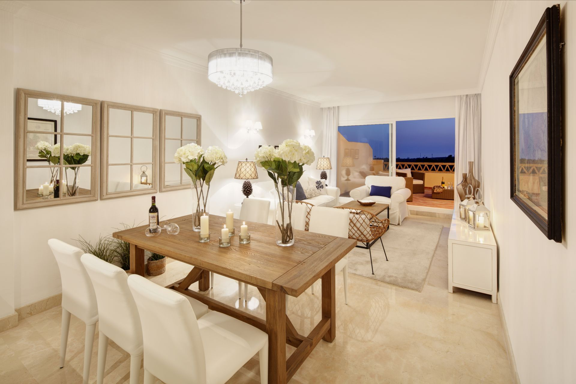 sch ne wohnungen zum verkauf in elviria in marbella. Black Bedroom Furniture Sets. Home Design Ideas