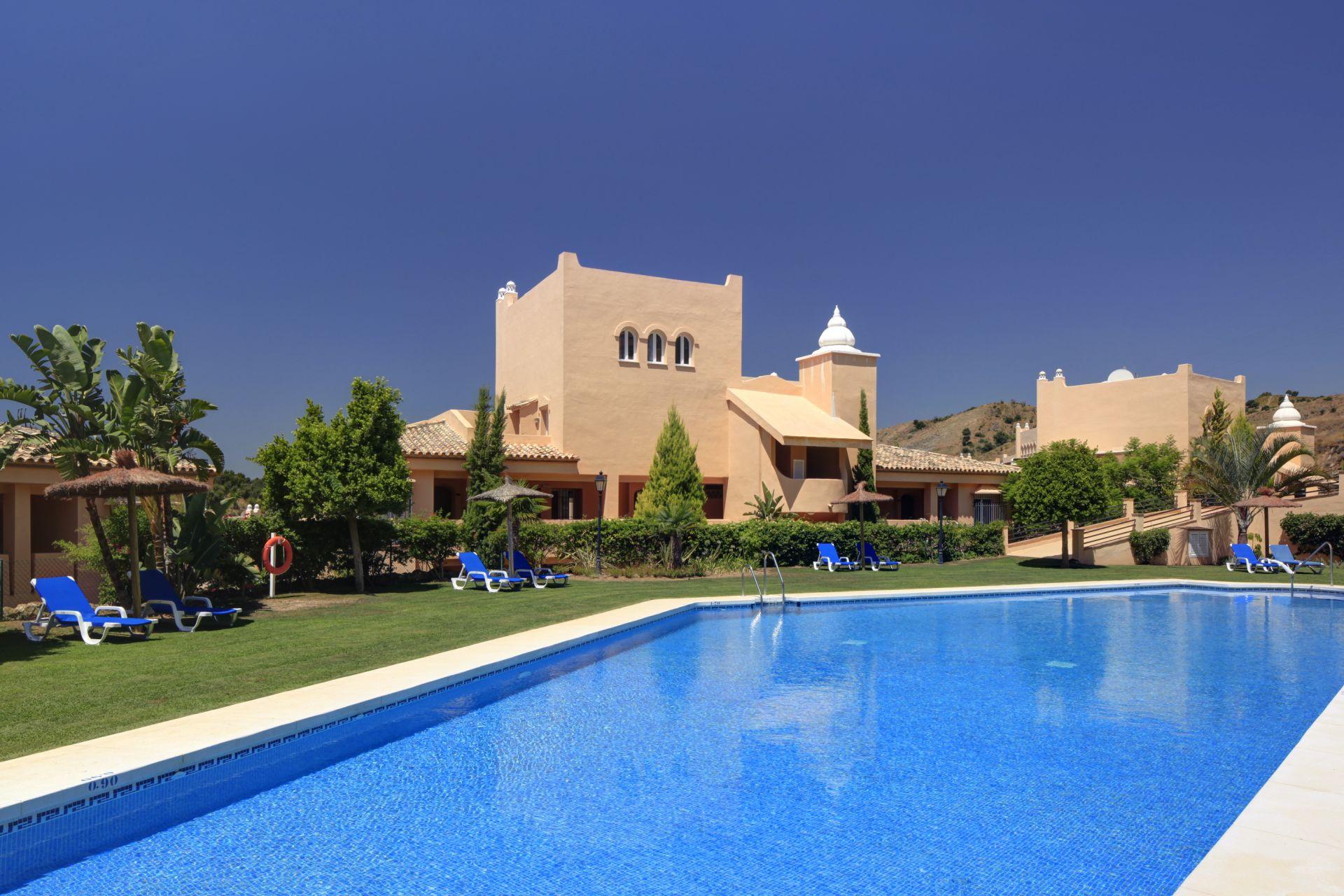 Sch ne wohnungen zum verkauf in elviria in marbella for Wohnungen zum verkauf