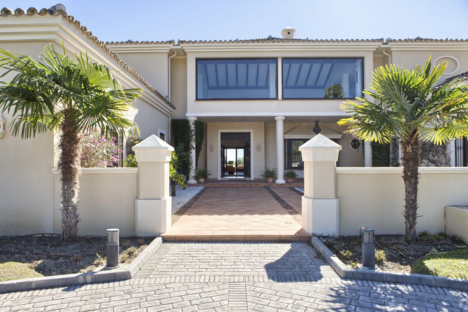 Large villa for sale in marbella club golf resort in benahavis - Marbella club villas ...