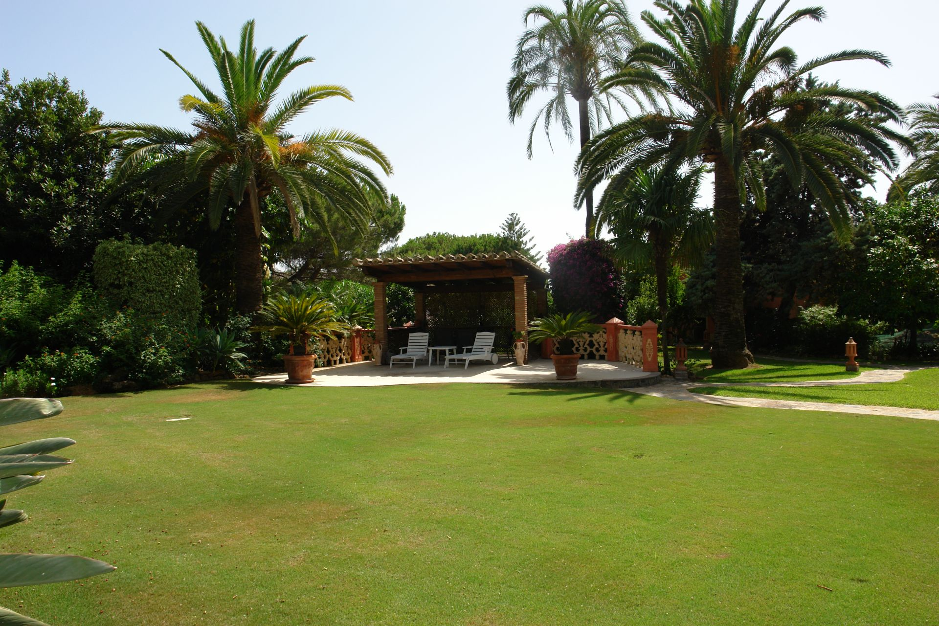 Elegant villa for sale in Nagueles in Marbella