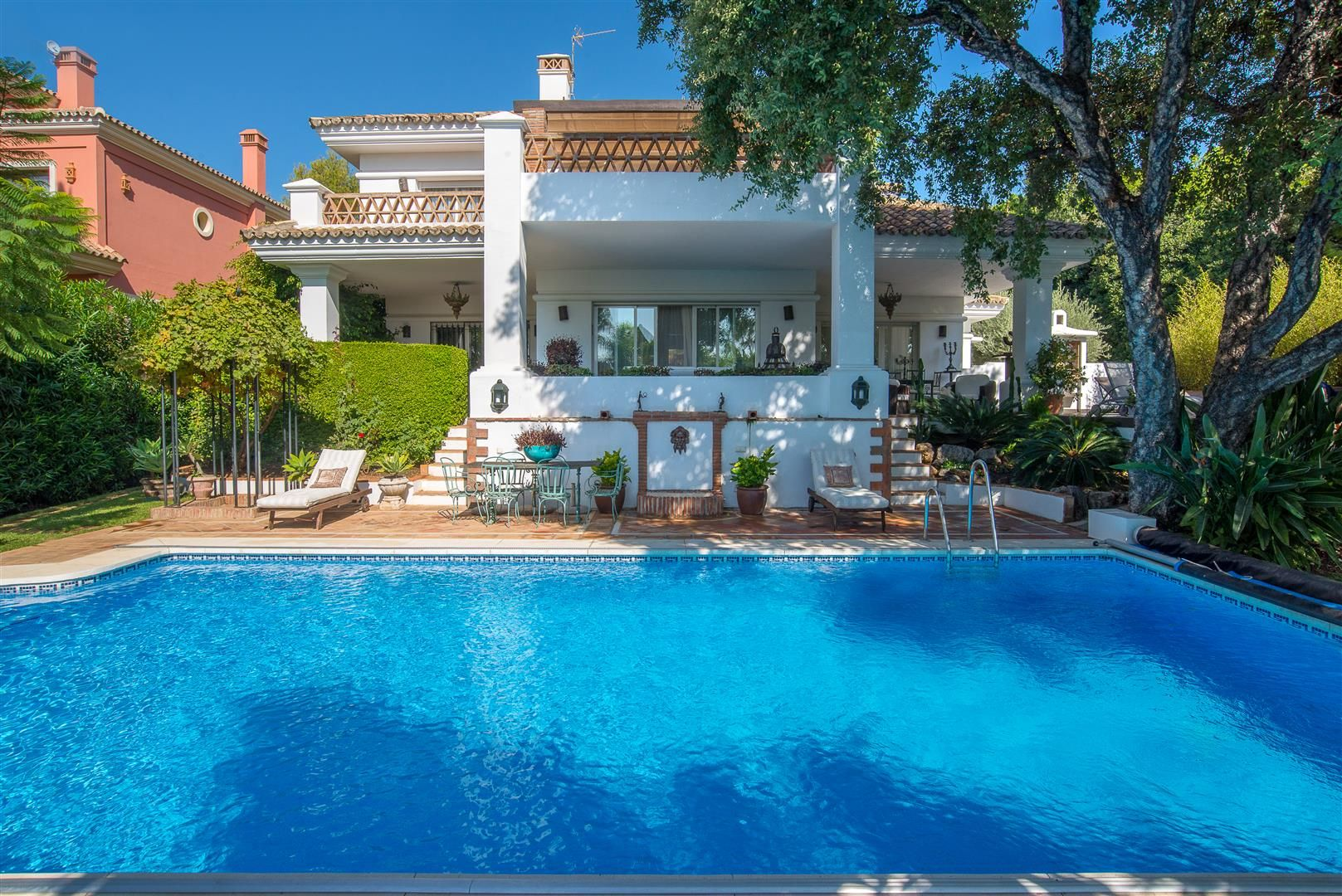 Stylish villa in Altos Reales in Sierra Blanca on the Golden Mile of Marbella