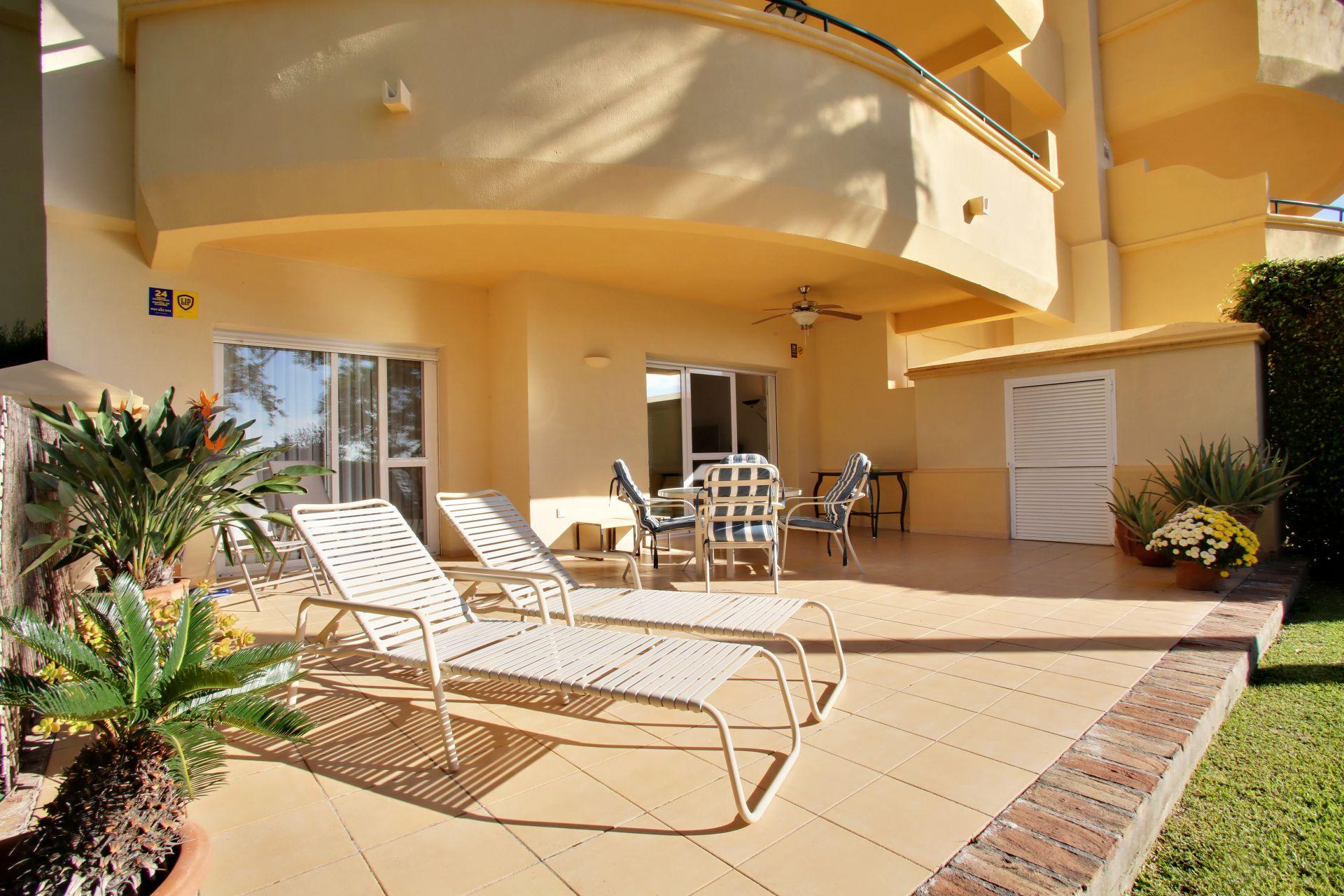 Photo gallery - Garden apartment for sale in Elviria Hills in ...