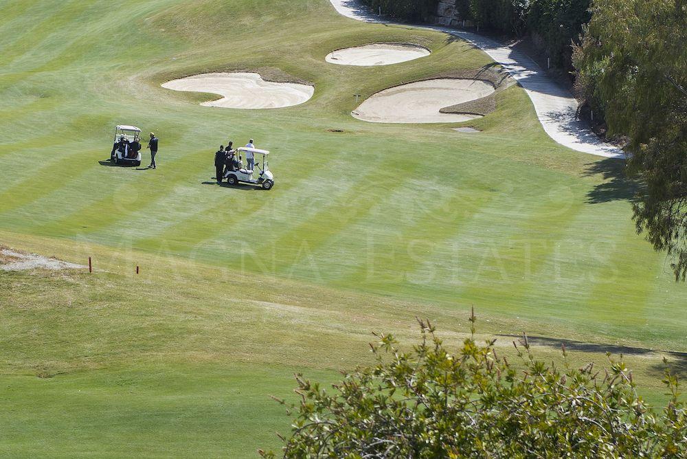 Large front line golf villa in La Quinta, Benahavís