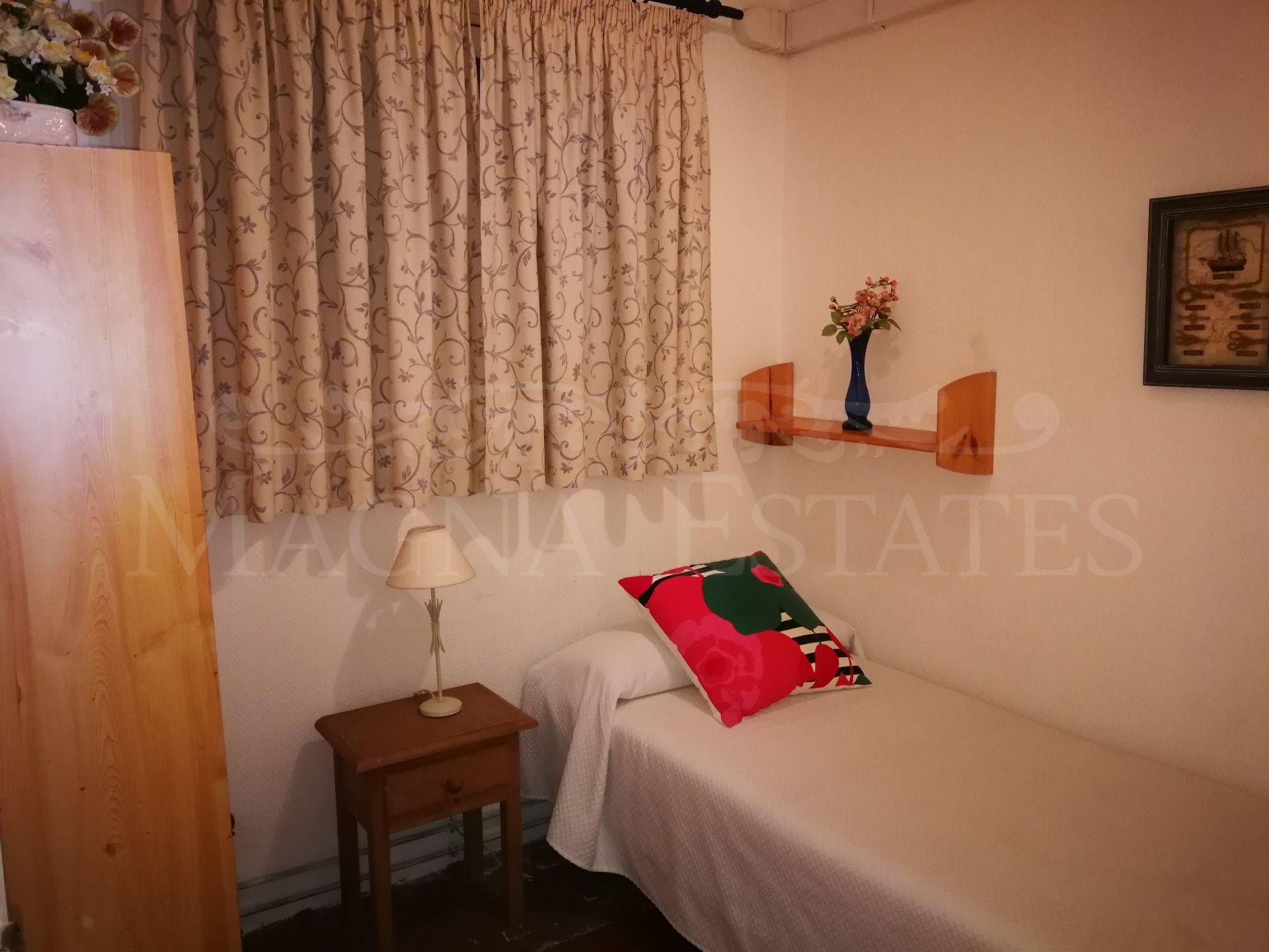 3 bedroom apartment in Nueva Andalucia, very close to Puerto Banús