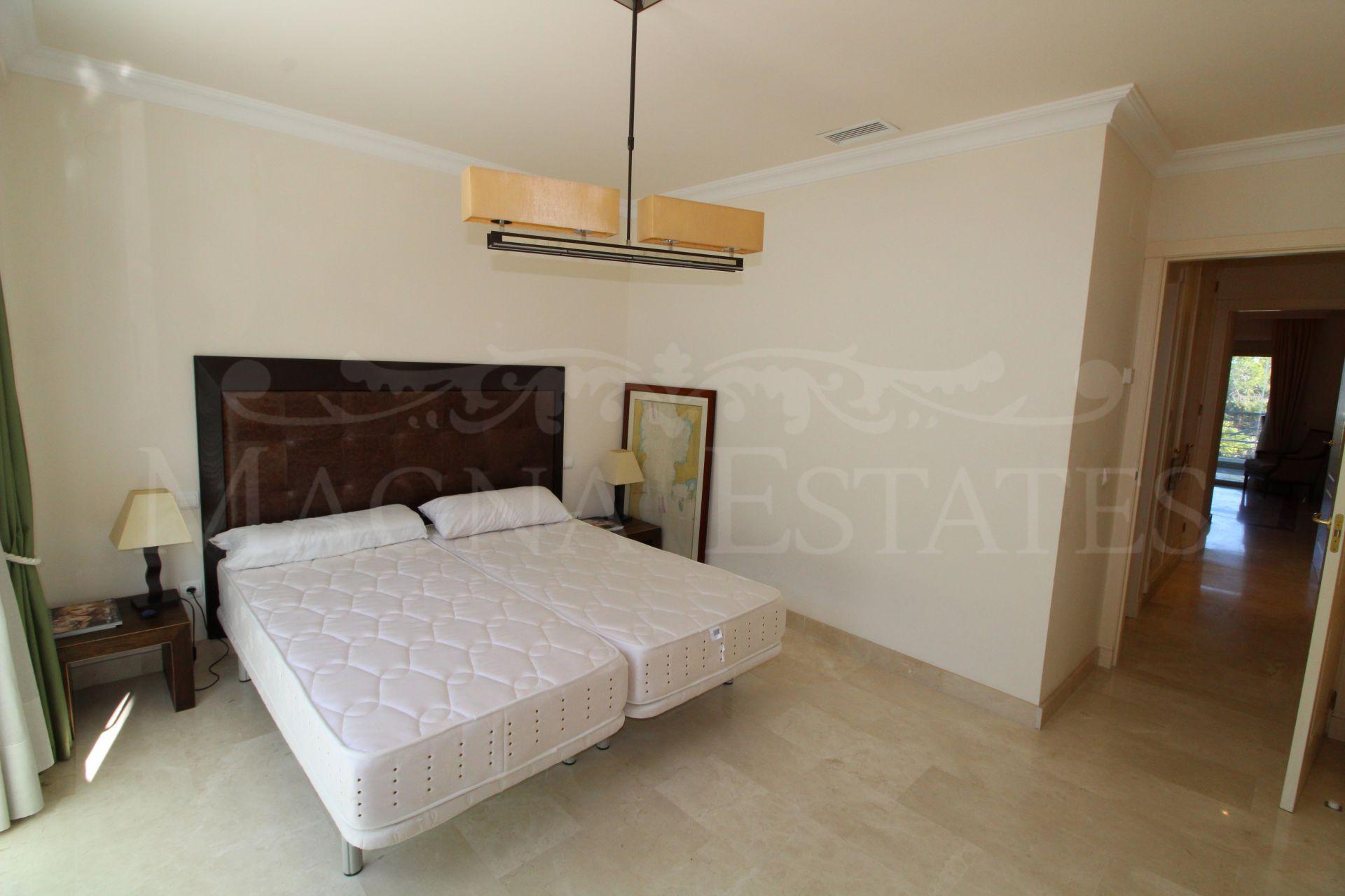 Two bedroom apartment in La Corniche, Nueva Andalucía