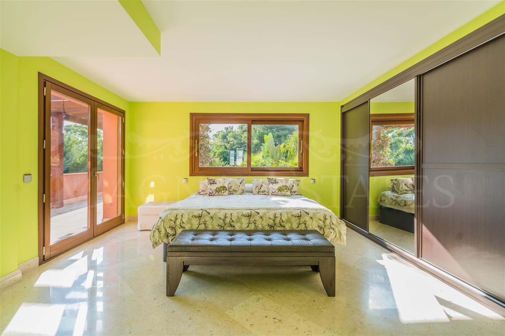 Classic villa in the golden mile of Marbella