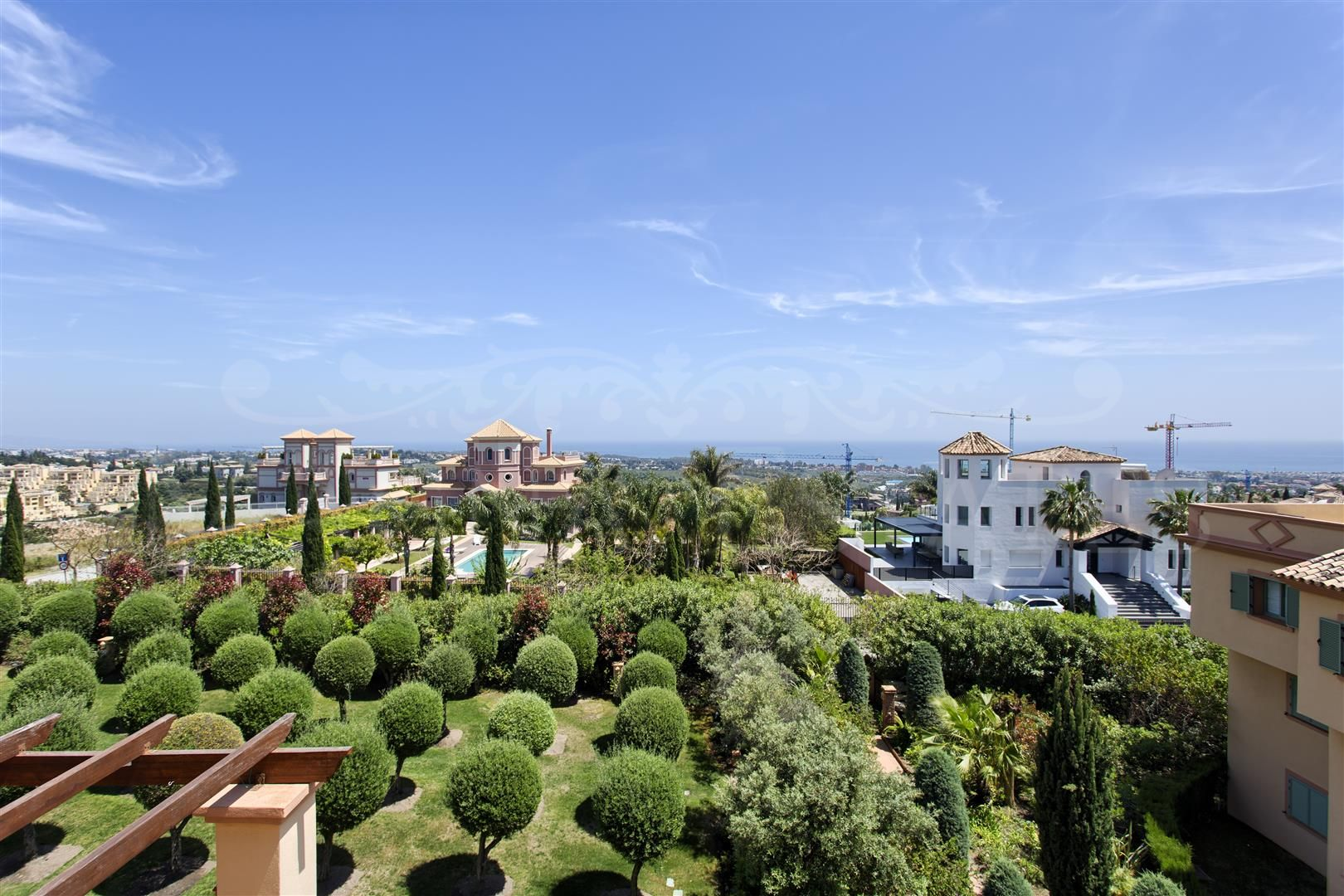 Duplex Penthouse in Los Flamingos Golf, Benahavis