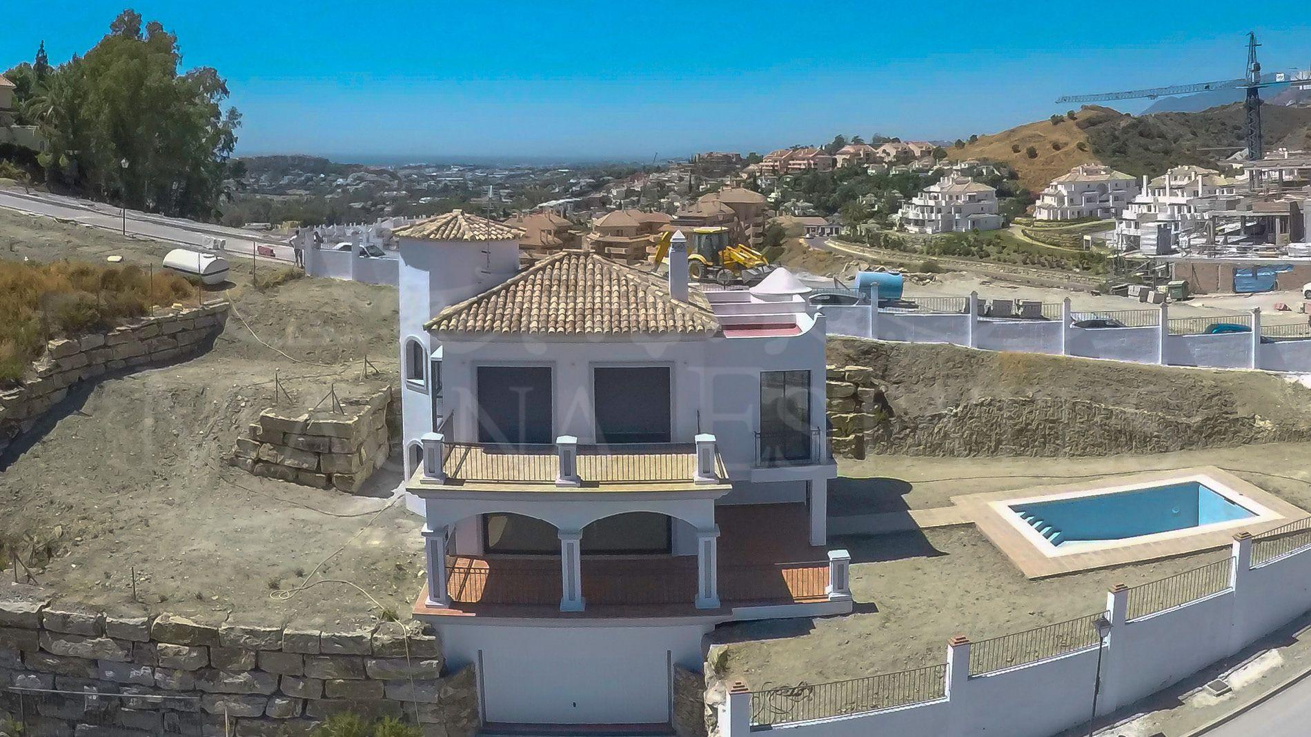 Villa singular in Nueva Andalucía, Marbella