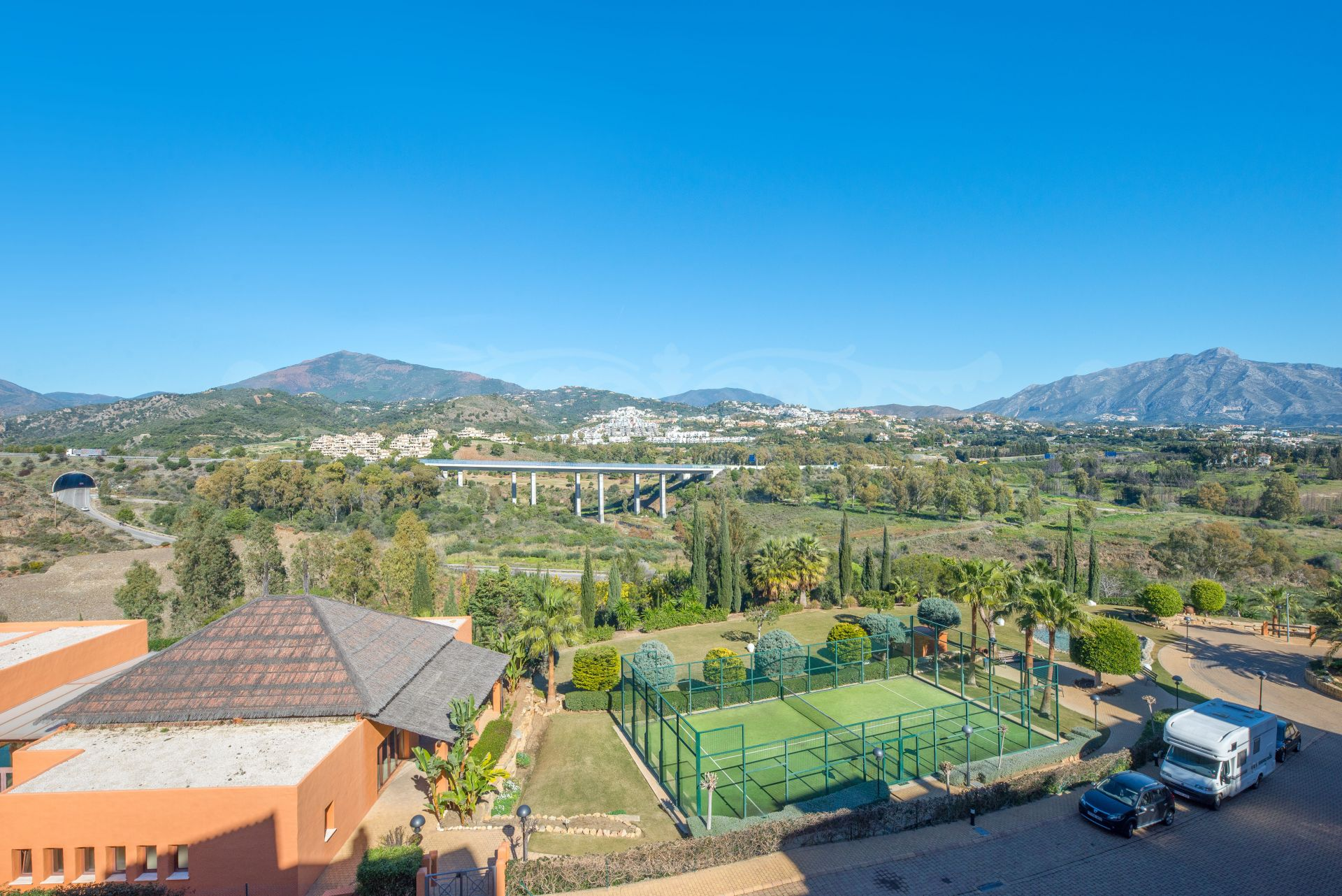Spectacular Duplex Penthouse fully furnished in Gazules del Sol