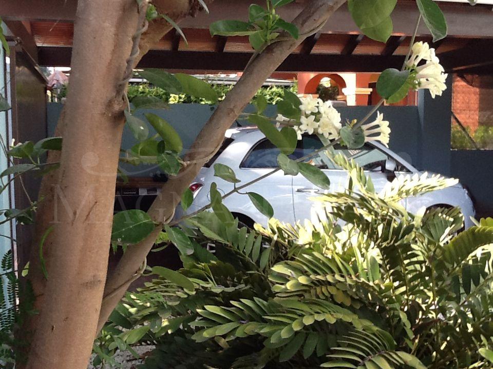 Front line golf corner townhouse in Guadalmina Alta