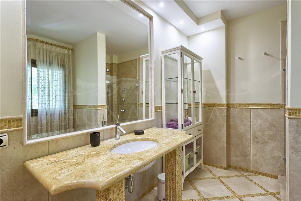 Exceptional villa in the Golden Mile, Marbella