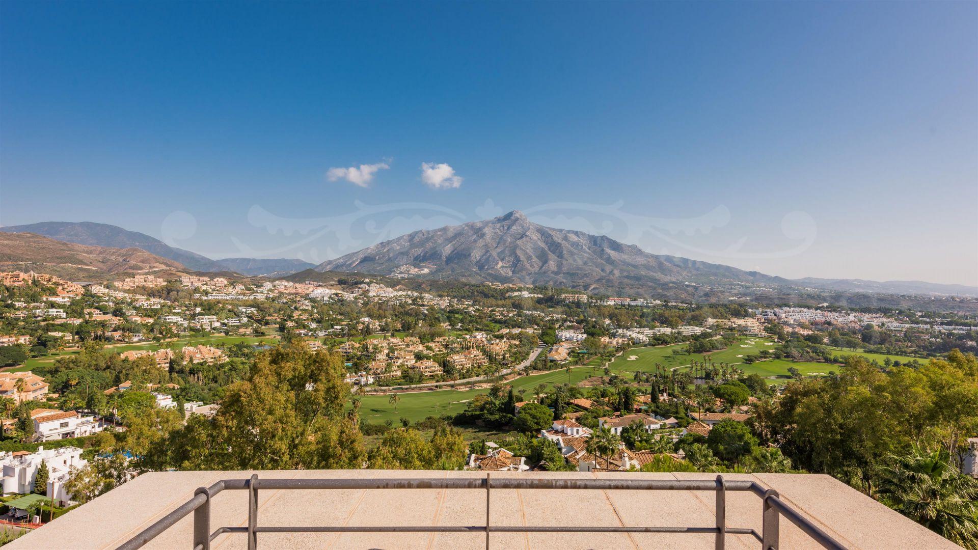 Grandioso Ático dúplex de gran lujo en Magna Marbella