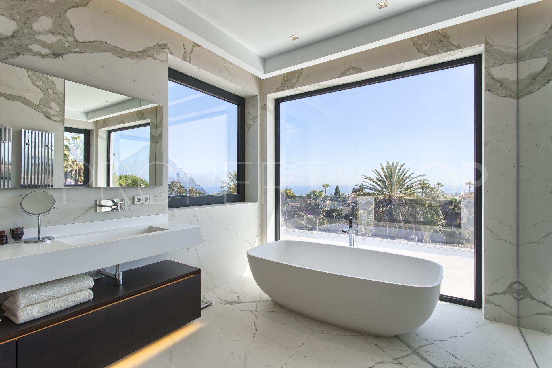 5 bedrooms Nagüeles villa for sale | Luxury Villa Sales