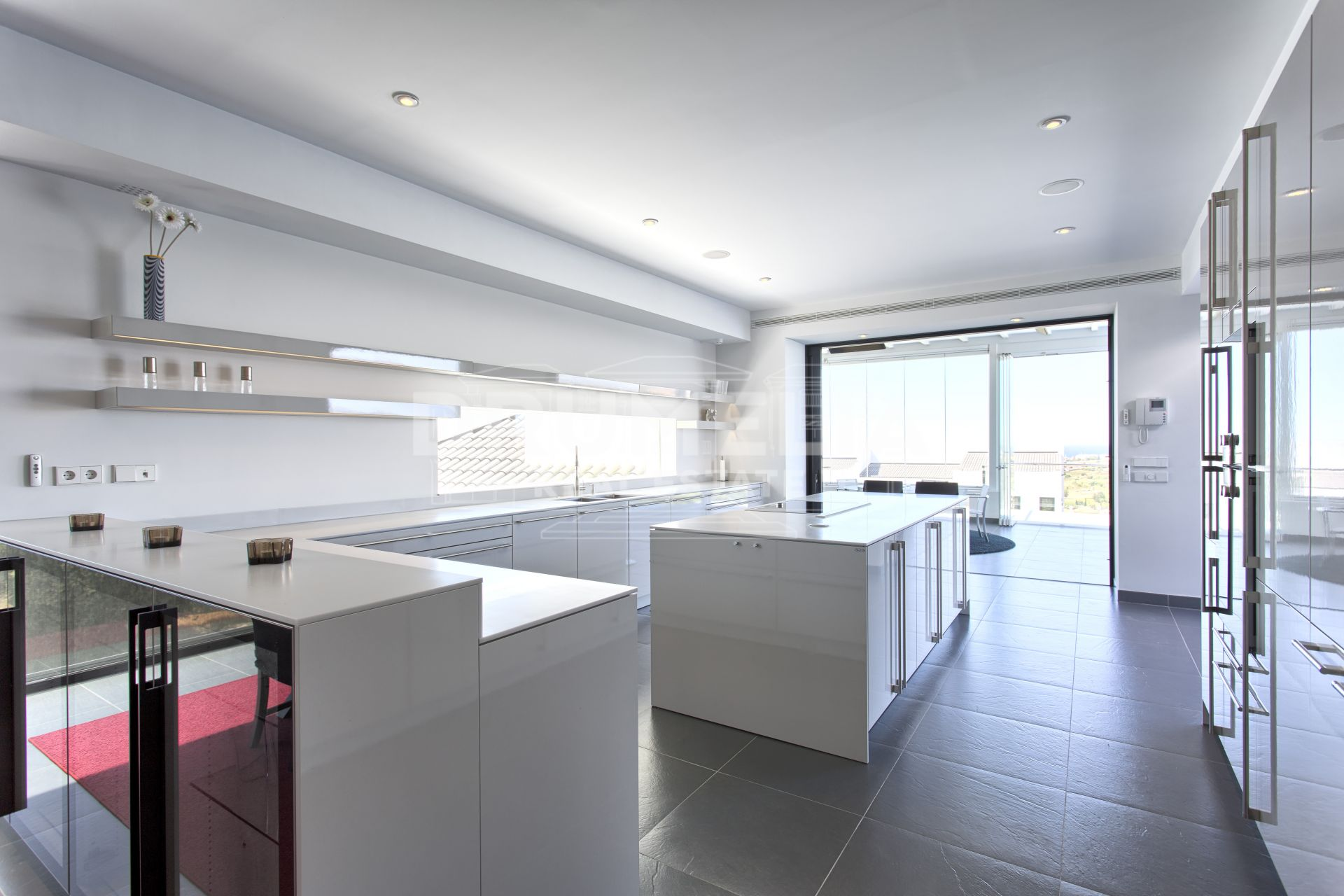 Benahavis, Stunning New Contemporary Villa, Los Flamingos Golf, Benahavis