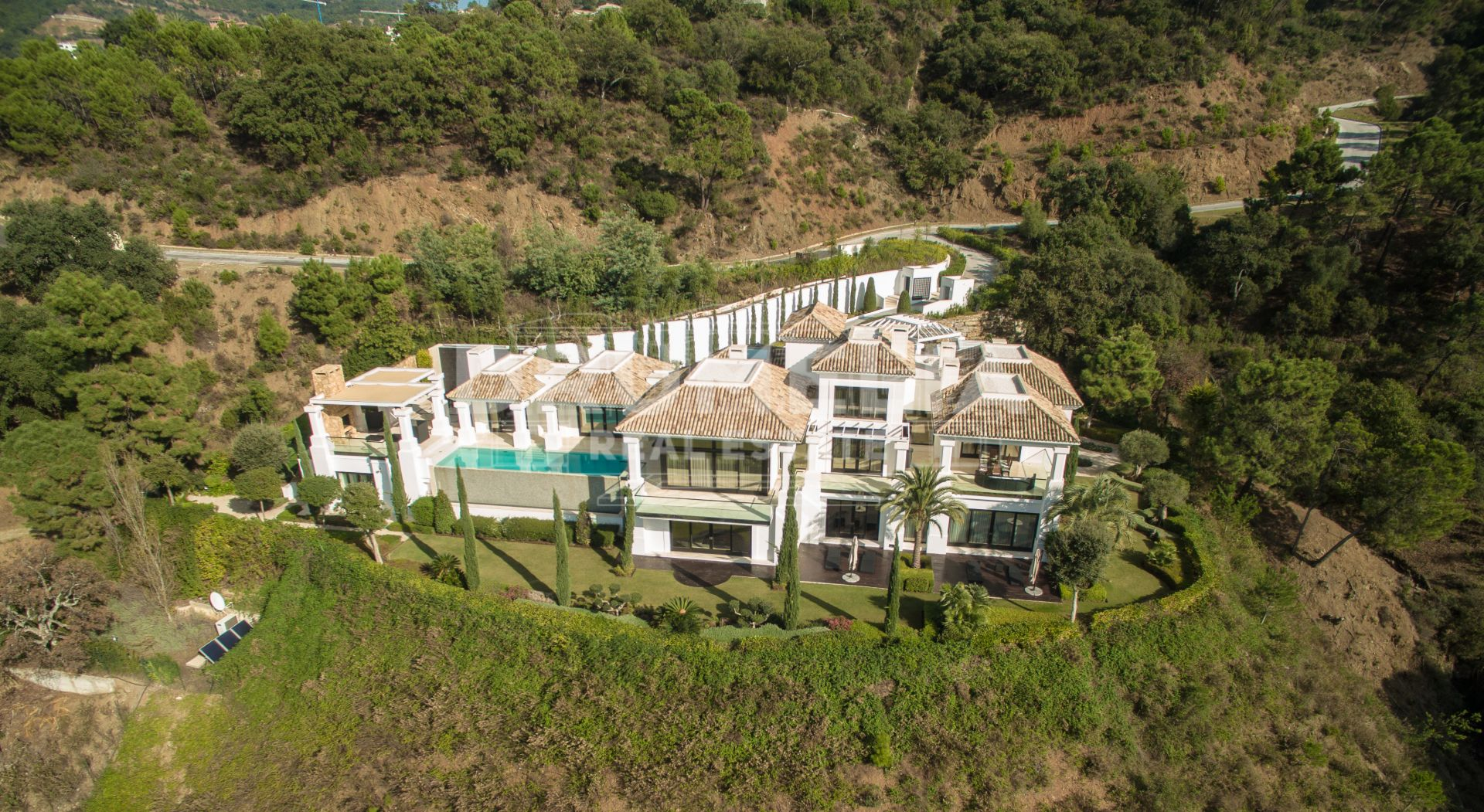 Benahavis, Outstanding Modern/Contemporary Villa in La Zagaleta Golf and Country Club, Benahavis