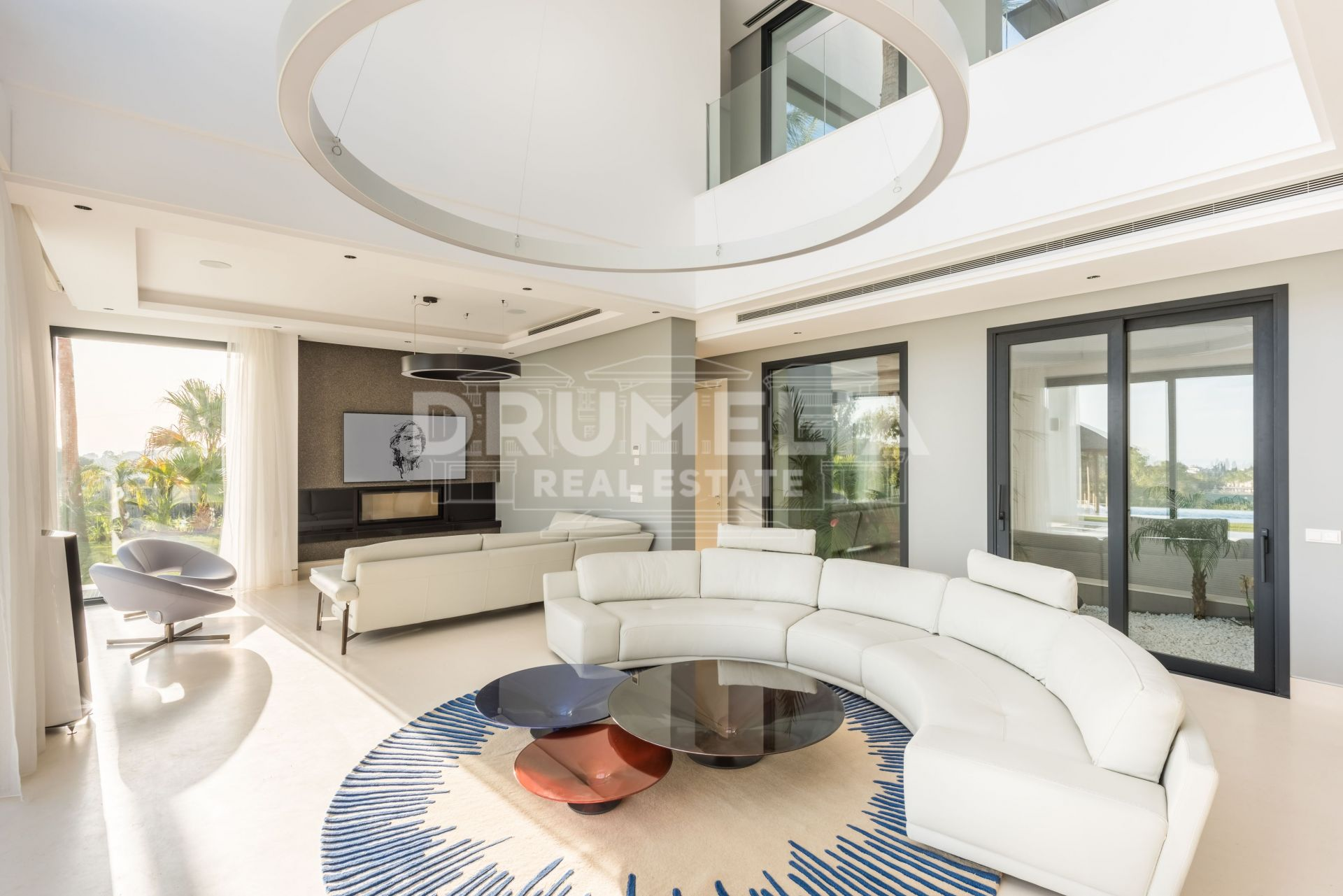Benahavis, Stunning Luxury Brand New Contemporary Villa, Los Flamingos Golf, Benahavis