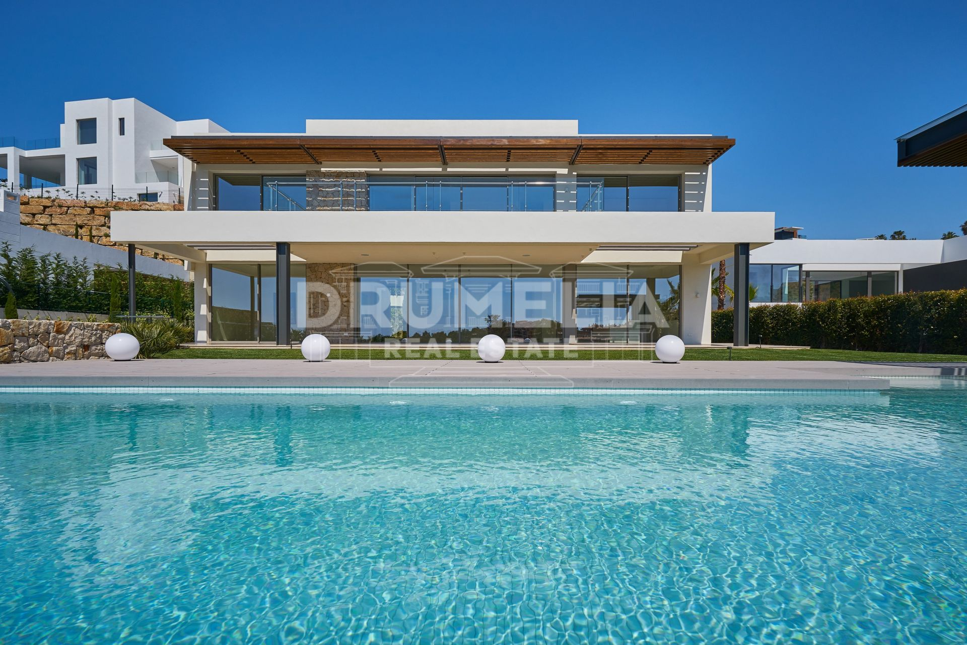 Benahavis, Exceptional Brand New Modern Villa in Capanes Sur/Condes de Luque, Benahavis