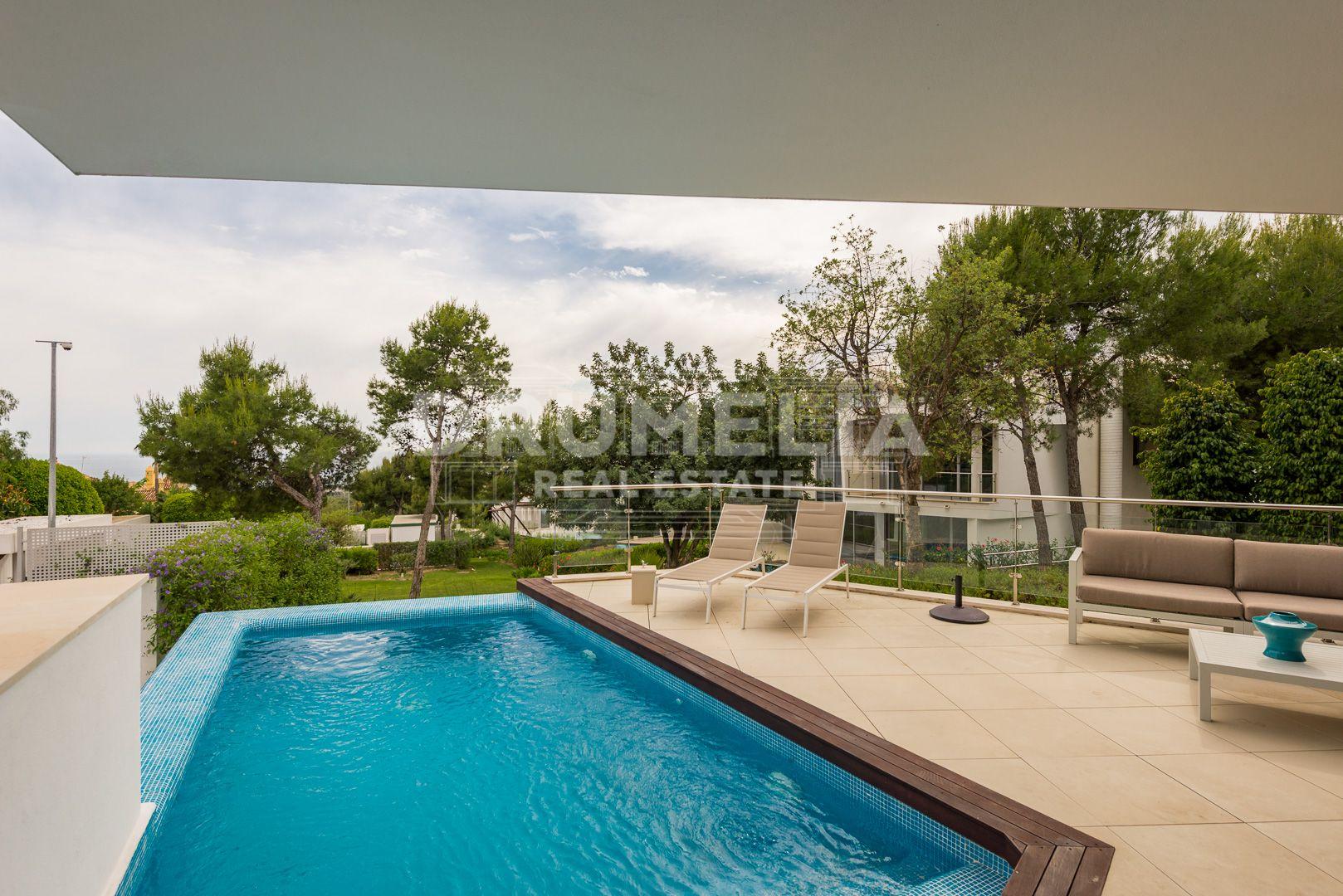 Marbella Golden Mile, Stylish Modern Semi Detached House in Sierra Blanca